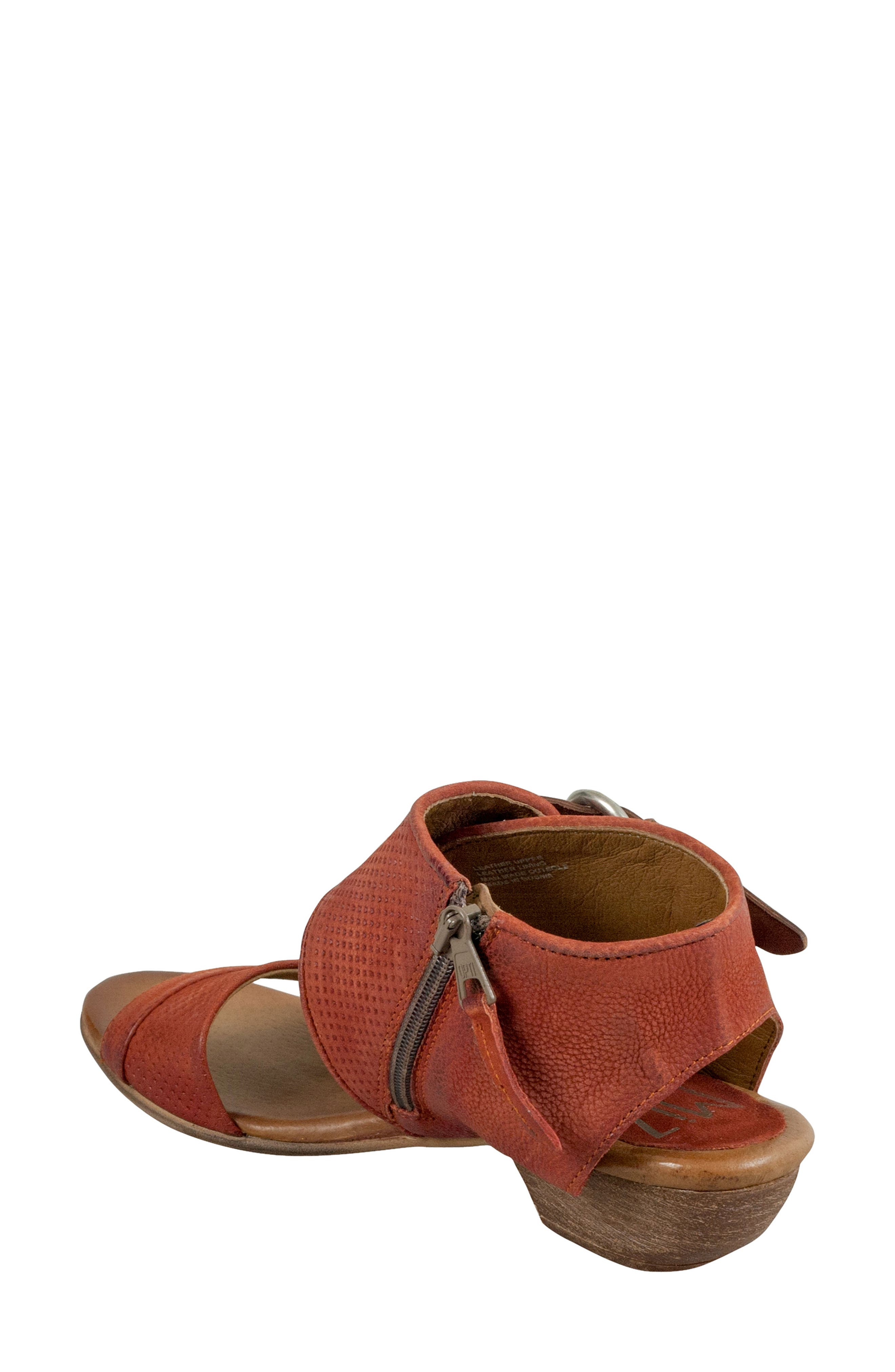 Chatham Textured Sandal,                             Alternate thumbnail 2, color,                             Rust Leather