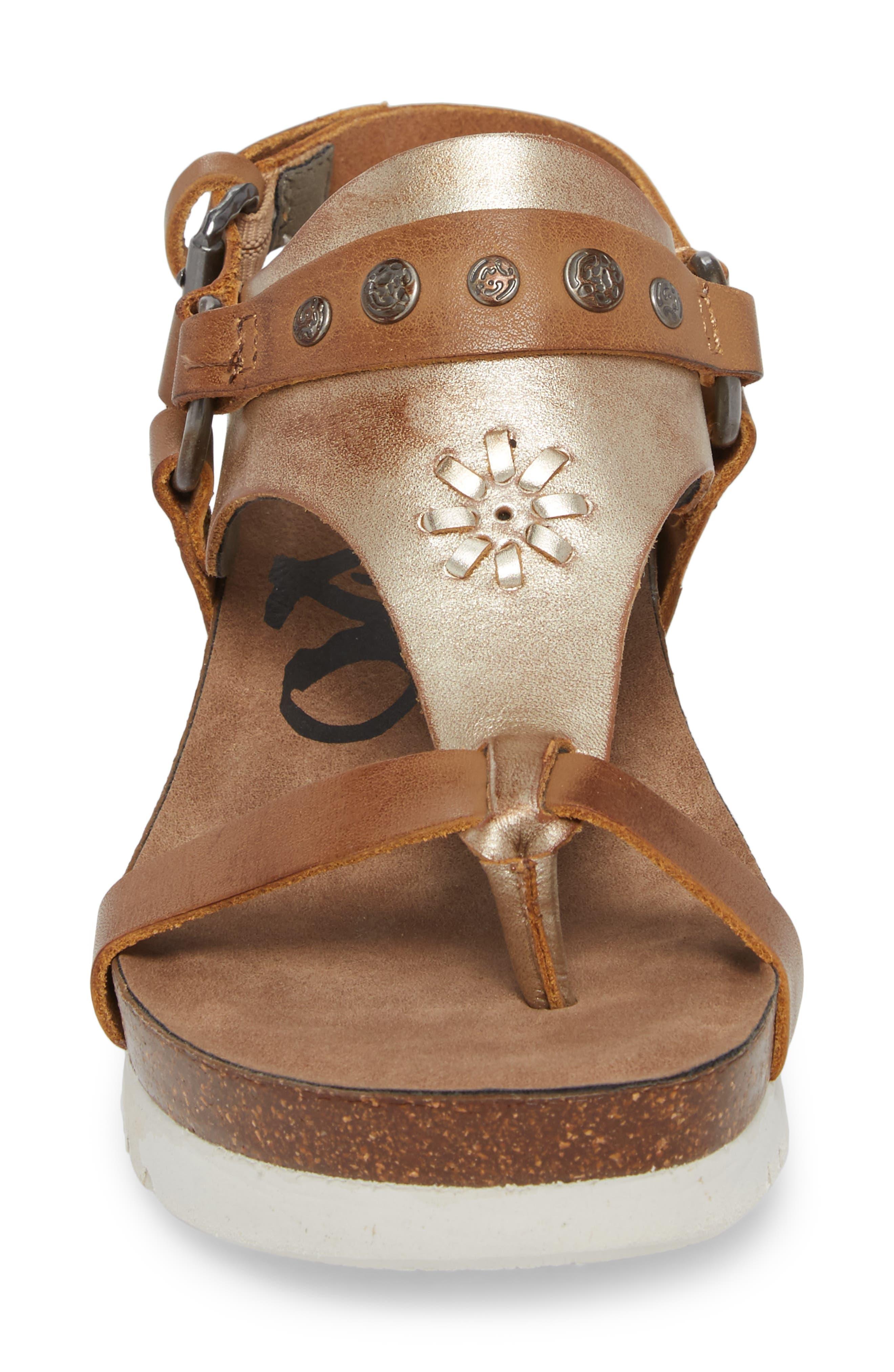 Maverick Wedge Sandal,                             Alternate thumbnail 4, color,                             New Taupe Leather