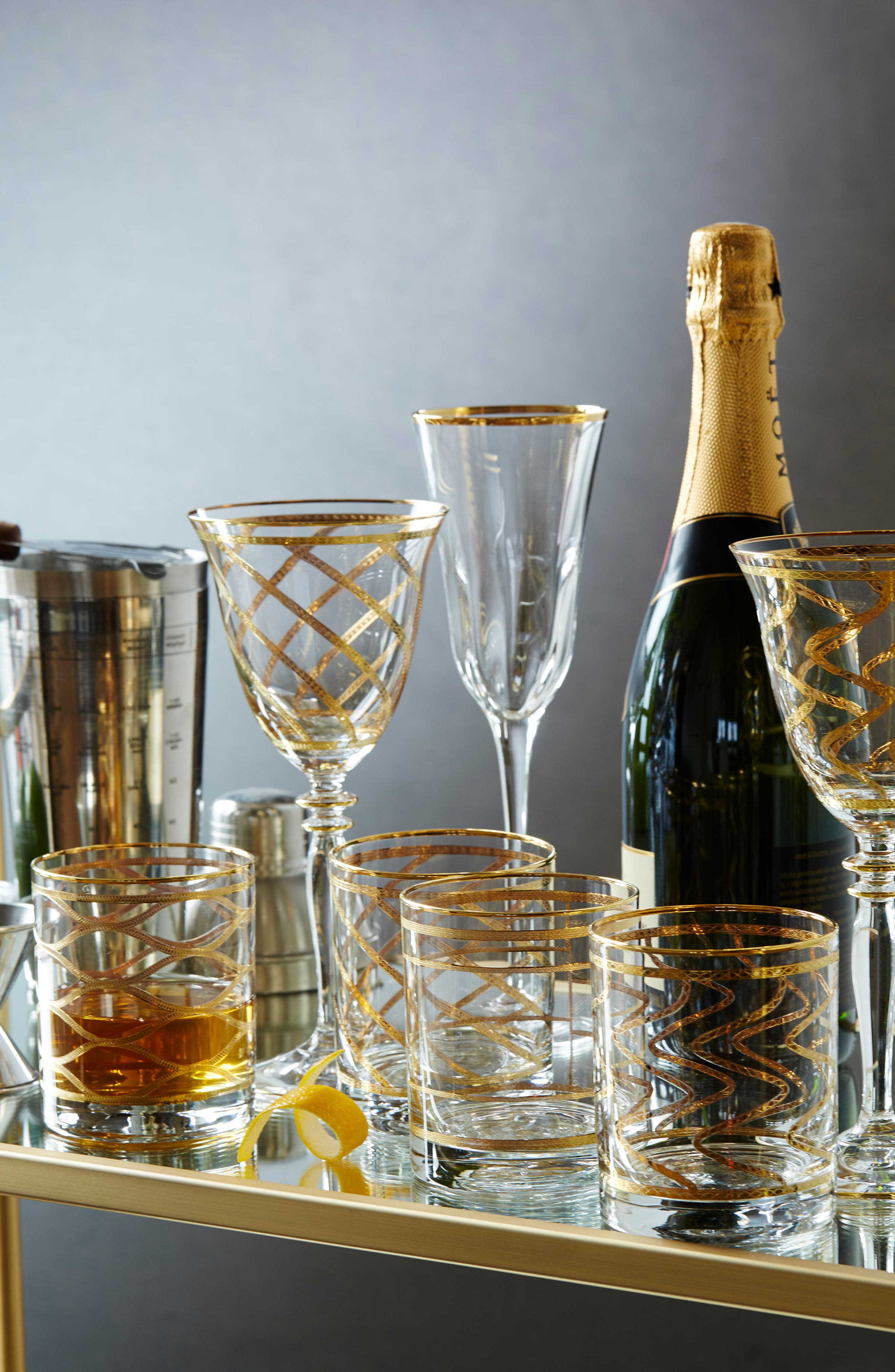 Elegante Set of 4 Wine Glasses,                             Alternate thumbnail 2, color,
