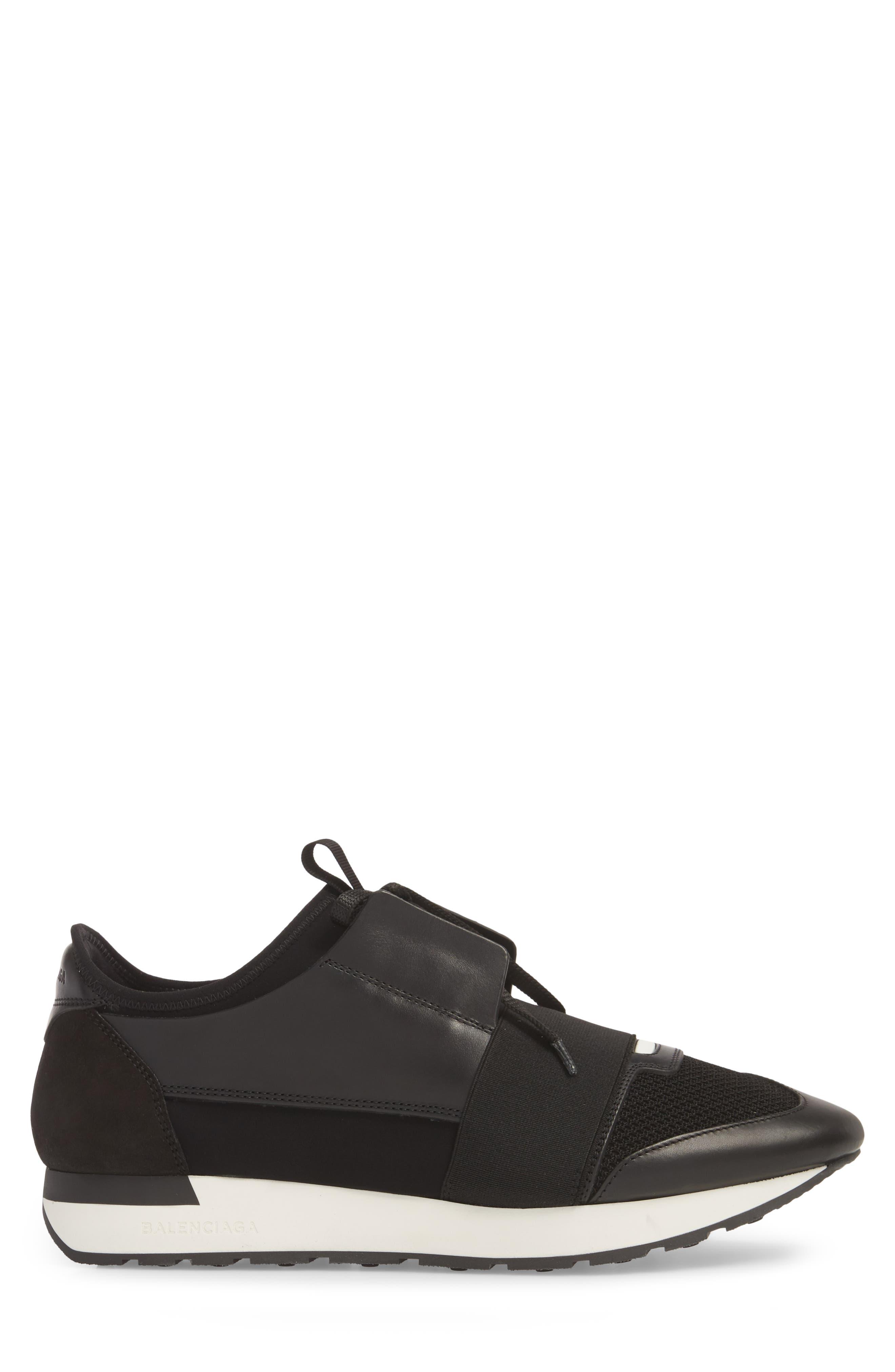 Race Runner Sneaker,                             Alternate thumbnail 4, color,                             Noir/ Black
