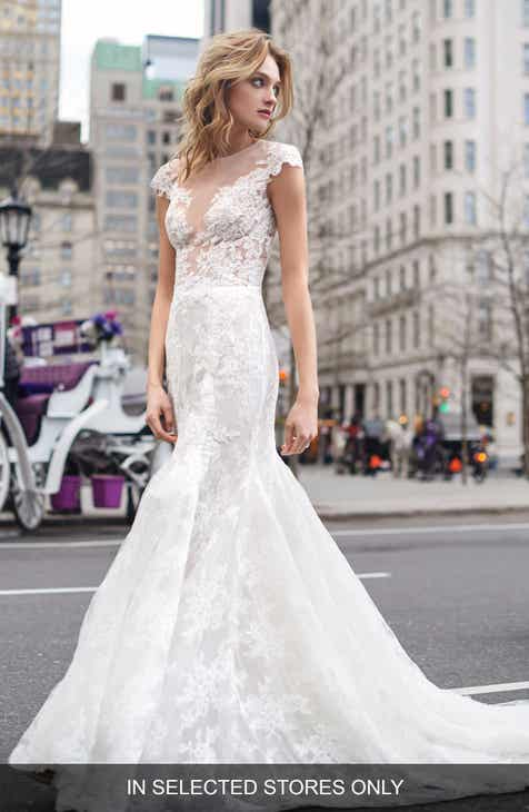 Bliss Monique Lhuillier Lace Mermaid Gown