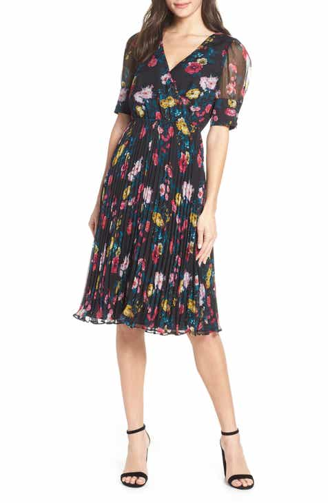 b3ac7f90faae Ali   Jay Floral Angels Flight Pleated Surplice Dress