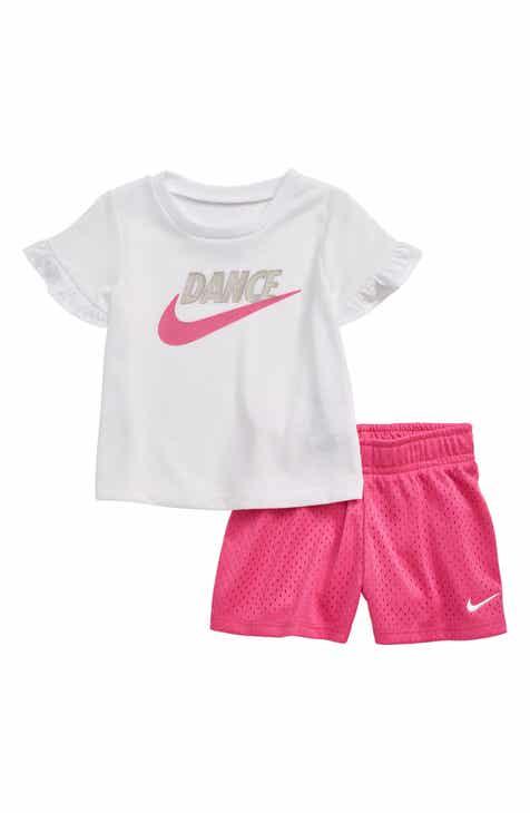 2faeb703ff Nike Dance Flutter Sleeve T-Shirt & Mesh Shorts Set (Baby)