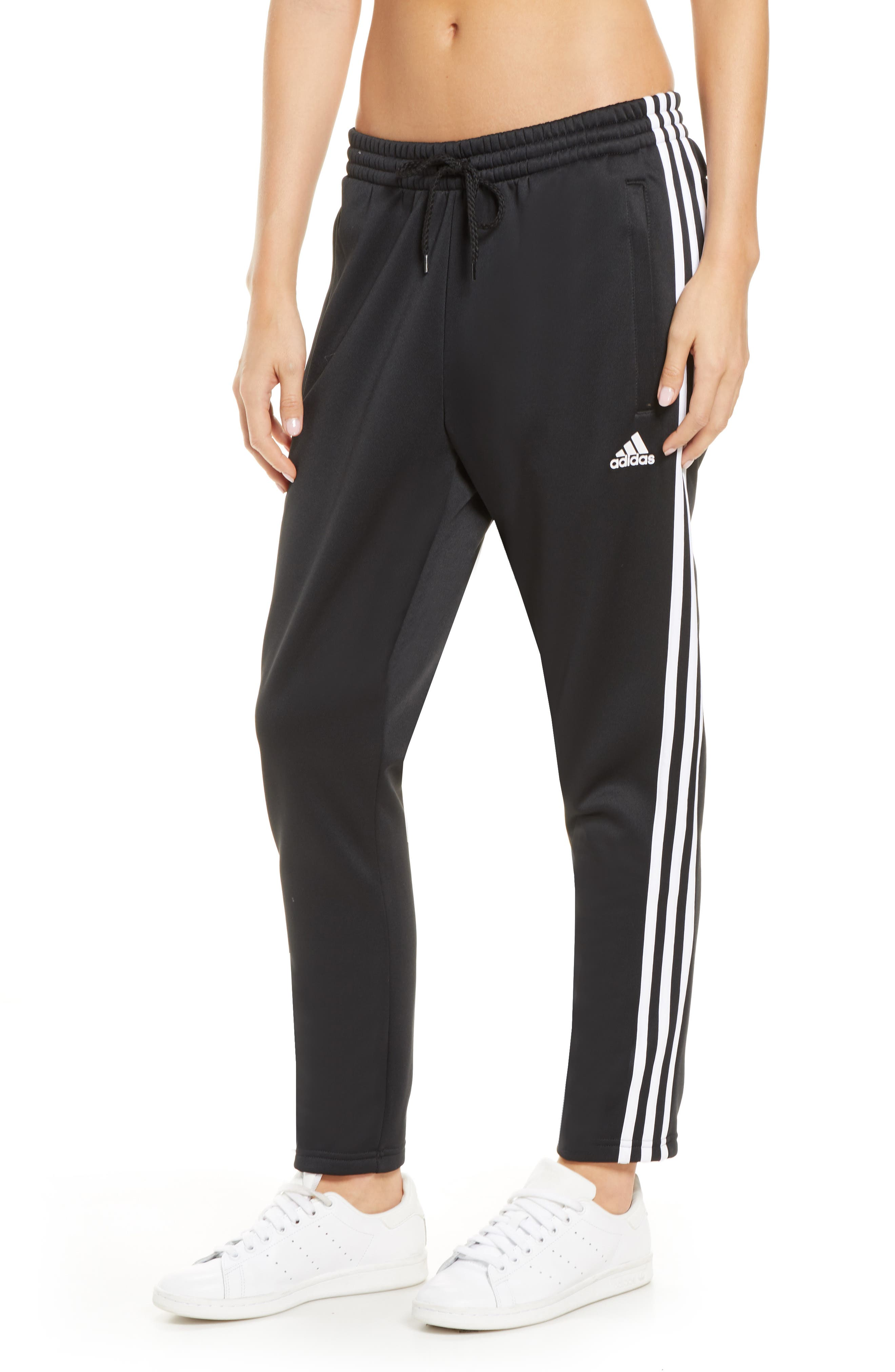Essentials Sweat Sweatpants in Black Storm Mel