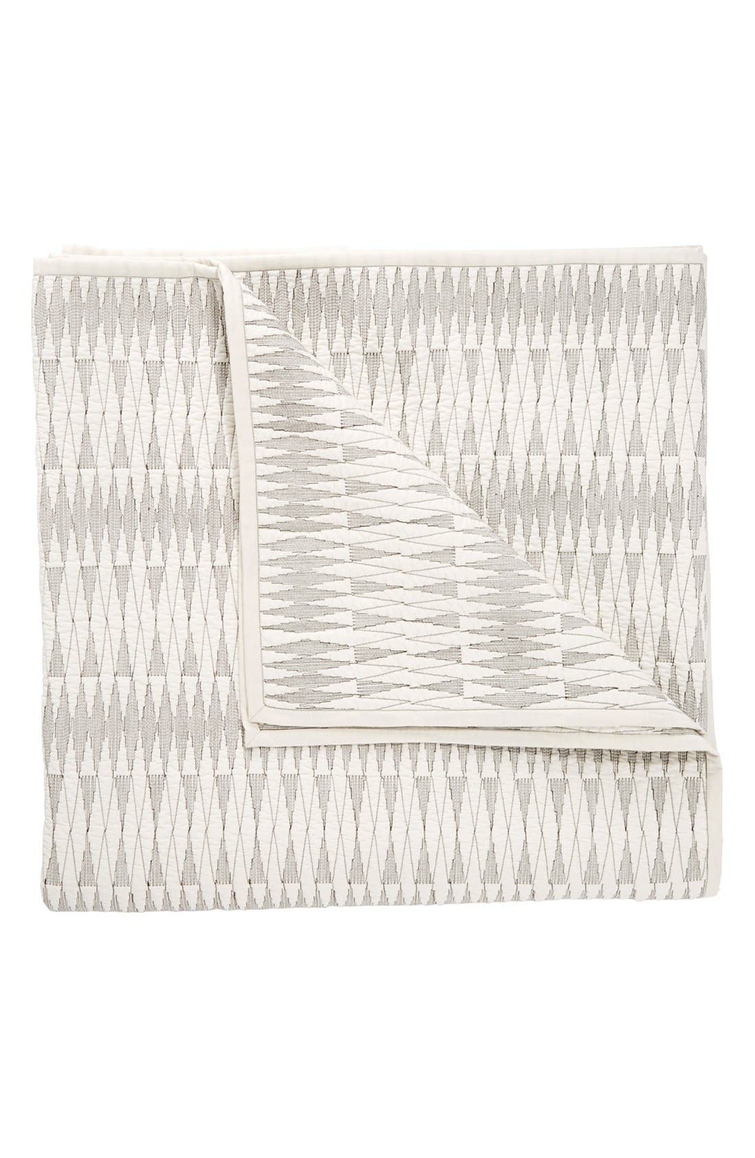 'Lori Ink' Quilt,                         Main,                         color, White/ Grey