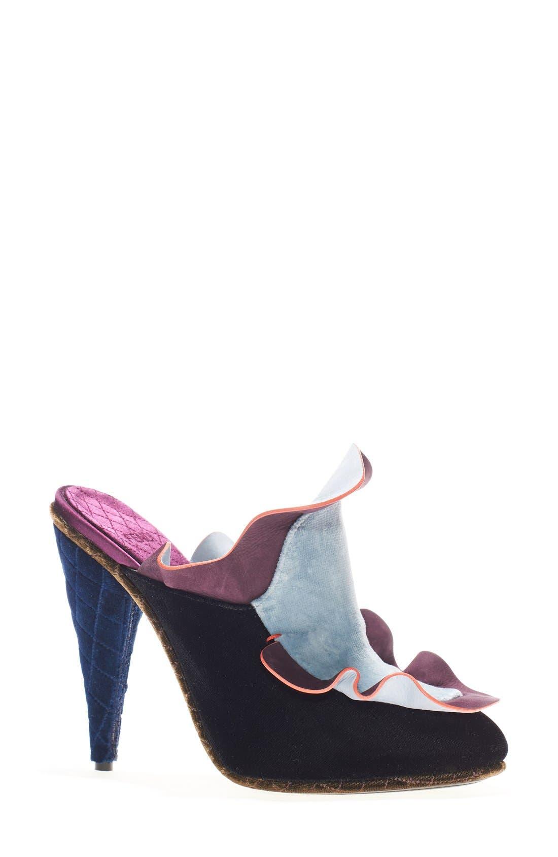 Main Image - Fendi 'Velvet Waves' Mule (Women)