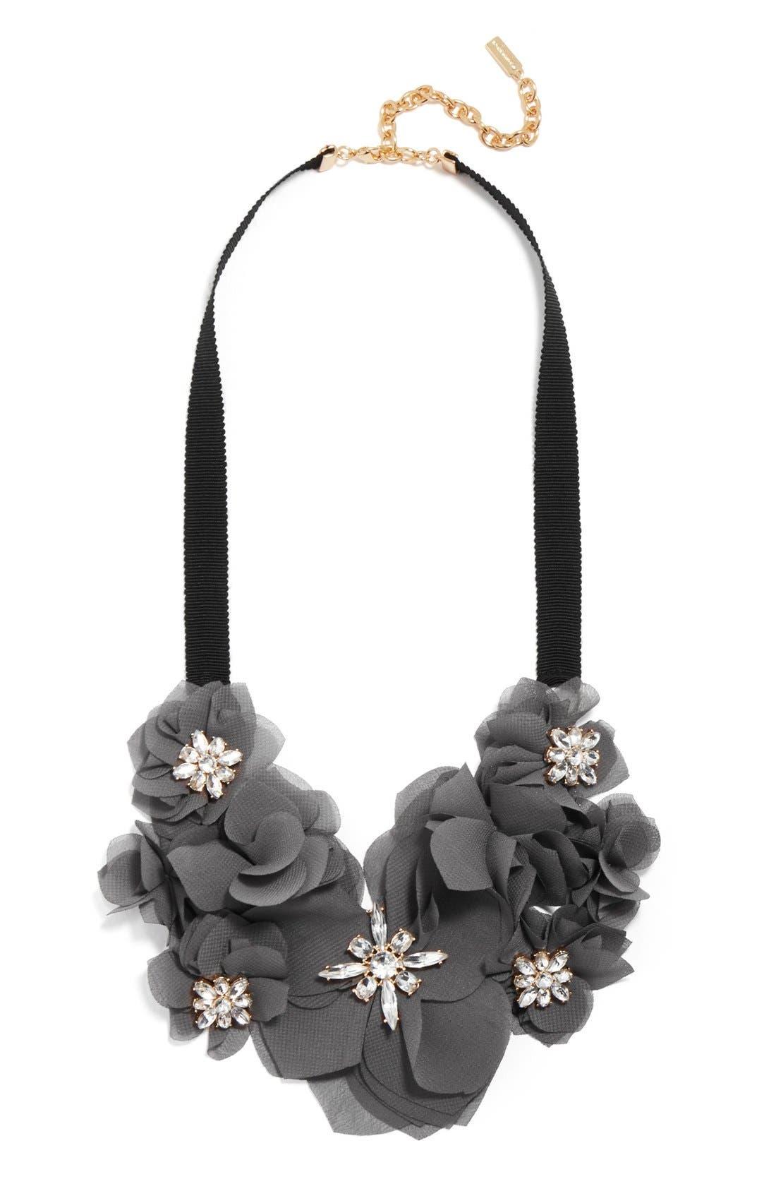 Alternate Image 1 Selected - BaubleBar 'Zinnia' Collar Necklace