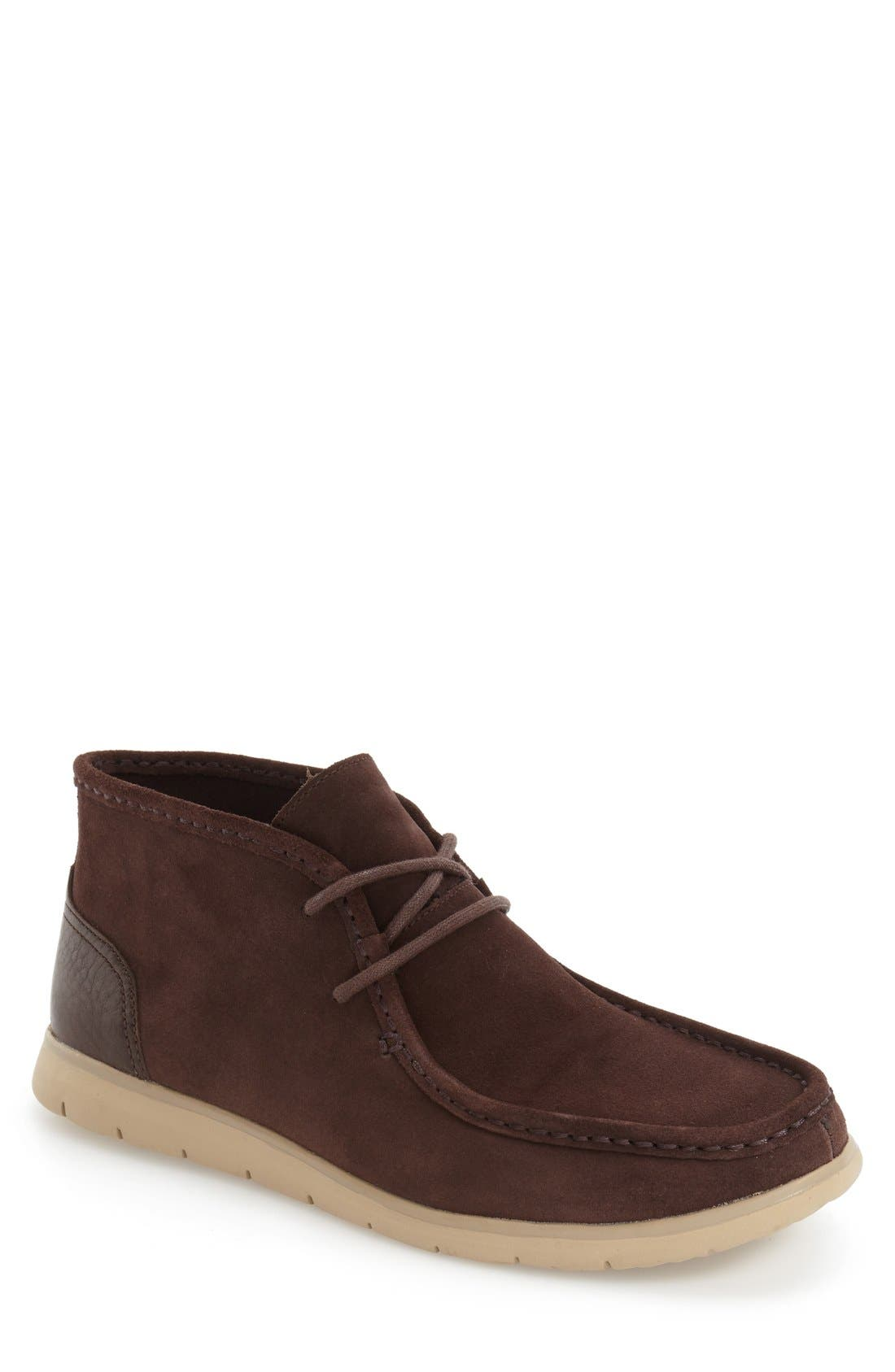 Alternate Image 1 Selected - UGG® 'Hendrickson' Chukka Boot (Men)