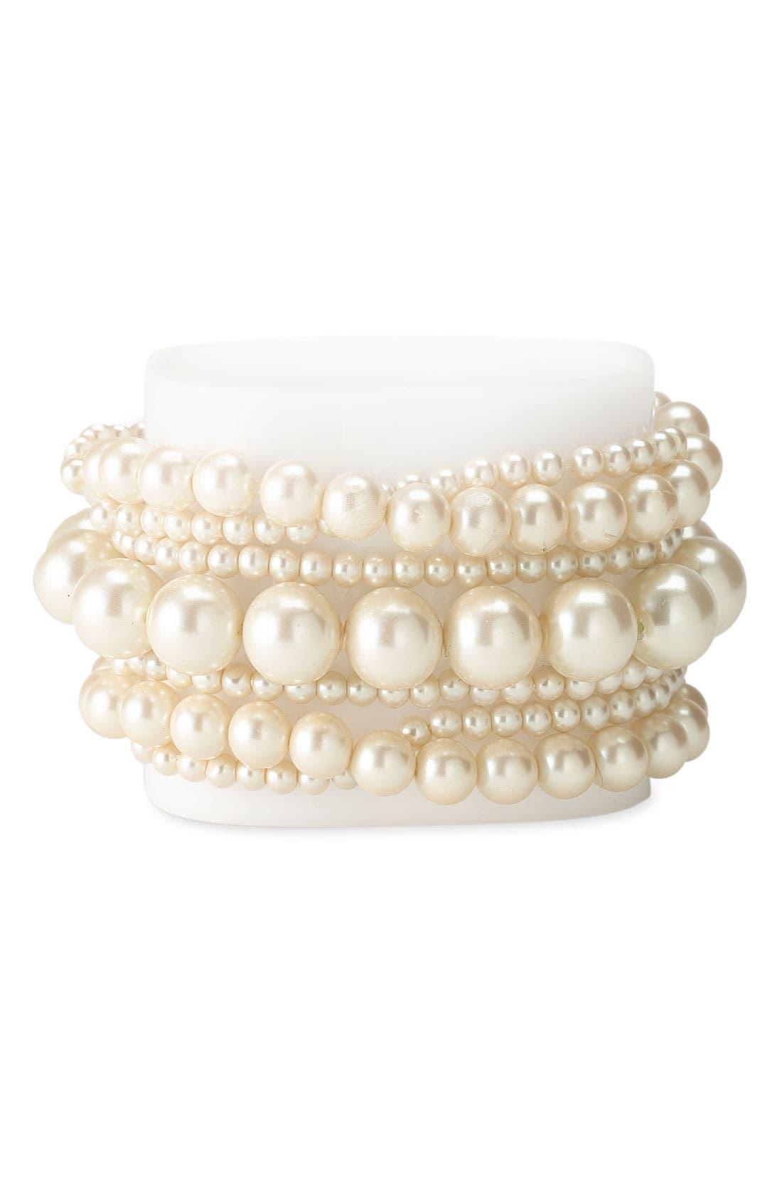 Main Image - Nordstrom Glass Stretch Pearl Bracelet