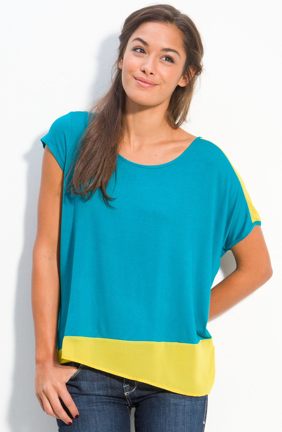 Alternate Image 1 Selected - h.i.p. Oversized Asymmetrical Colorblock Top (Juniors)