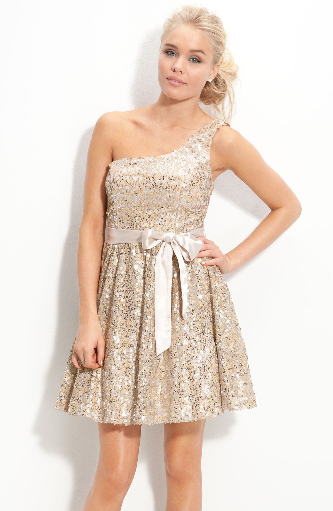 Main Image - Way-In One Shoulder Sequin Sash Dress (Juniors)