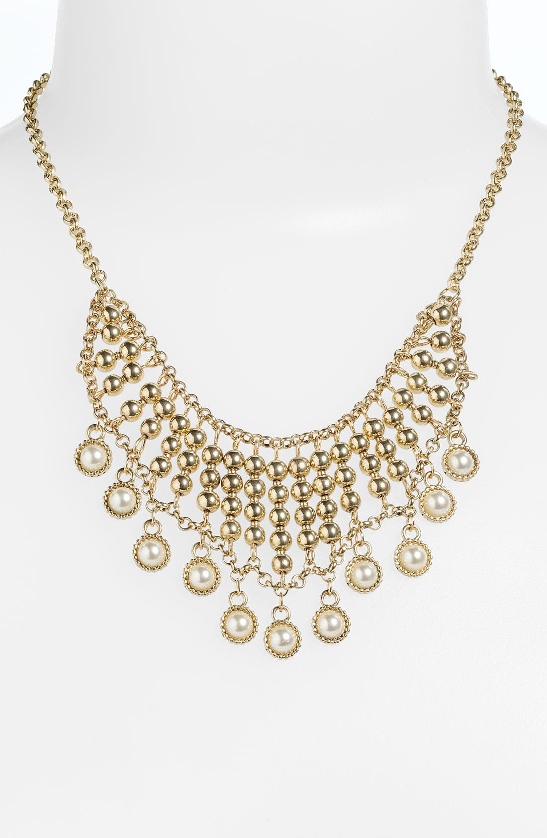 Alternate Image 1 Selected - Stephan & Co. Pearl Statement Necklace