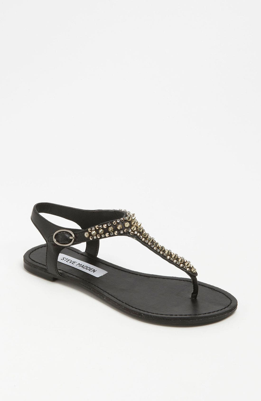 Alternate Image 1 Selected - Steve Madden 'Beyyond' Sandal