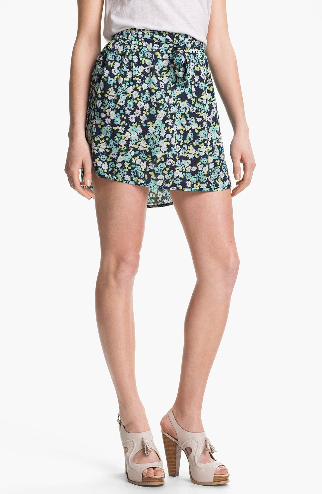 Alternate Image 2  - Two by Vince Camuto Print Miniskirt