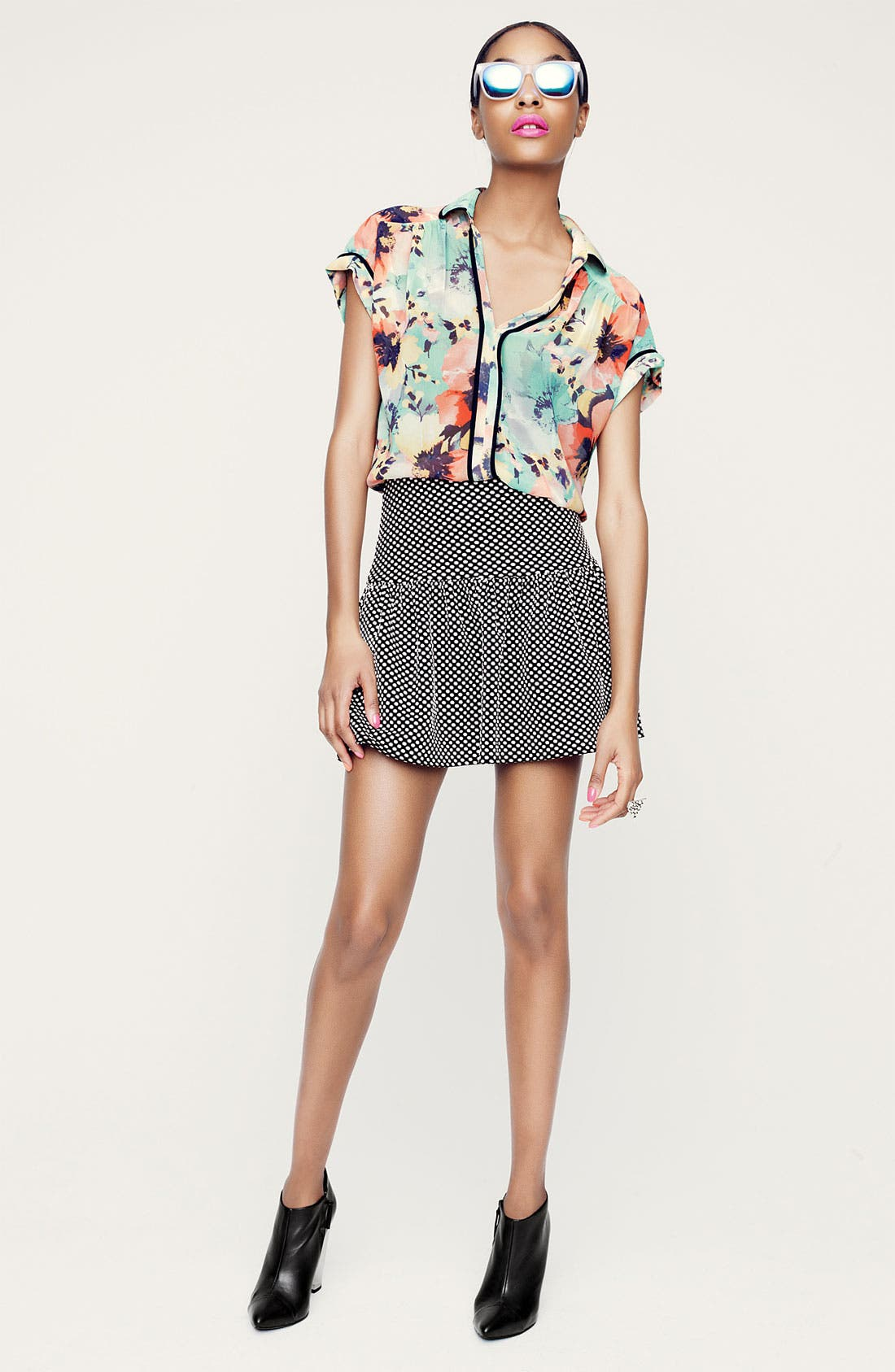 Alternate Image 5  - Ace Delivery Floral Print Collar Top