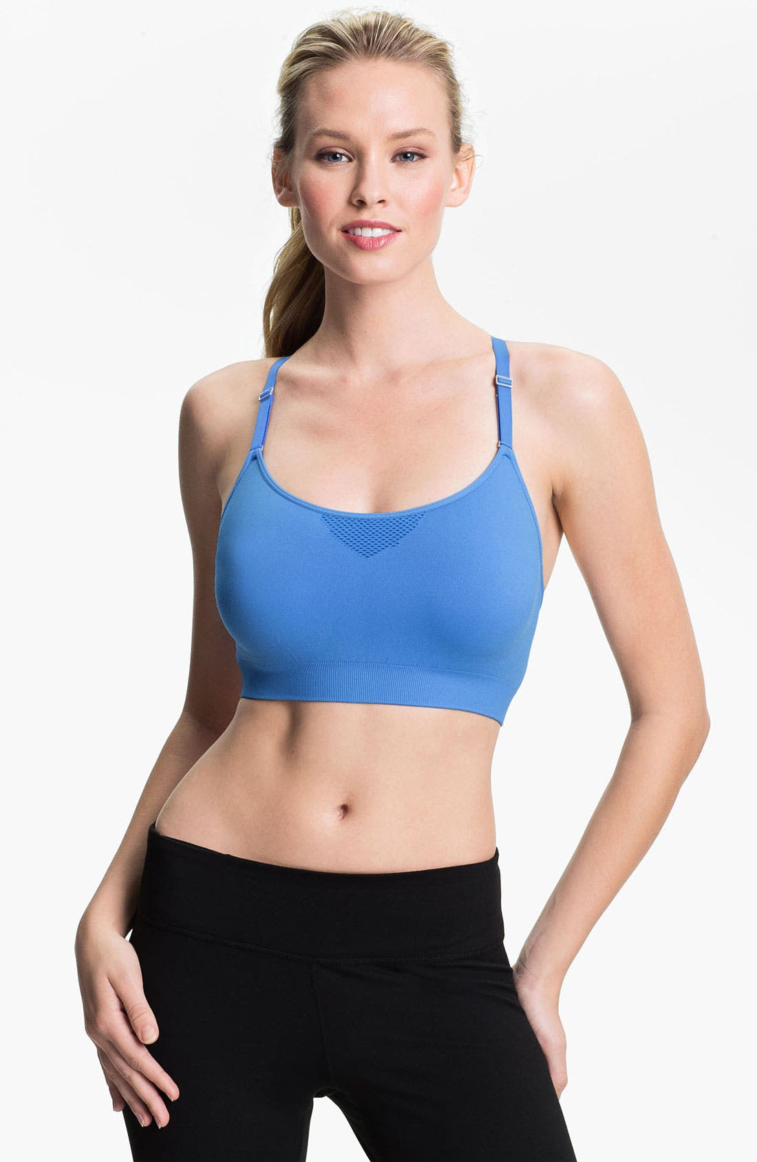 Main Image - Under Armour Seamless Sport Bra