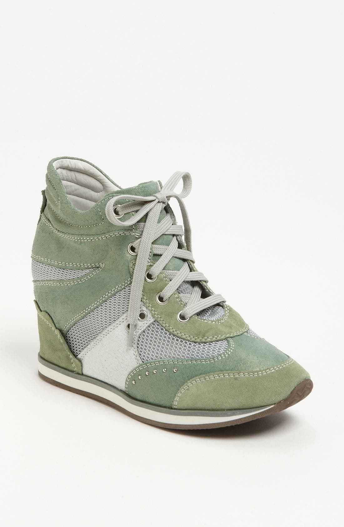 Alternate Image 1 Selected - Geox 'New Ambition' Sneaker