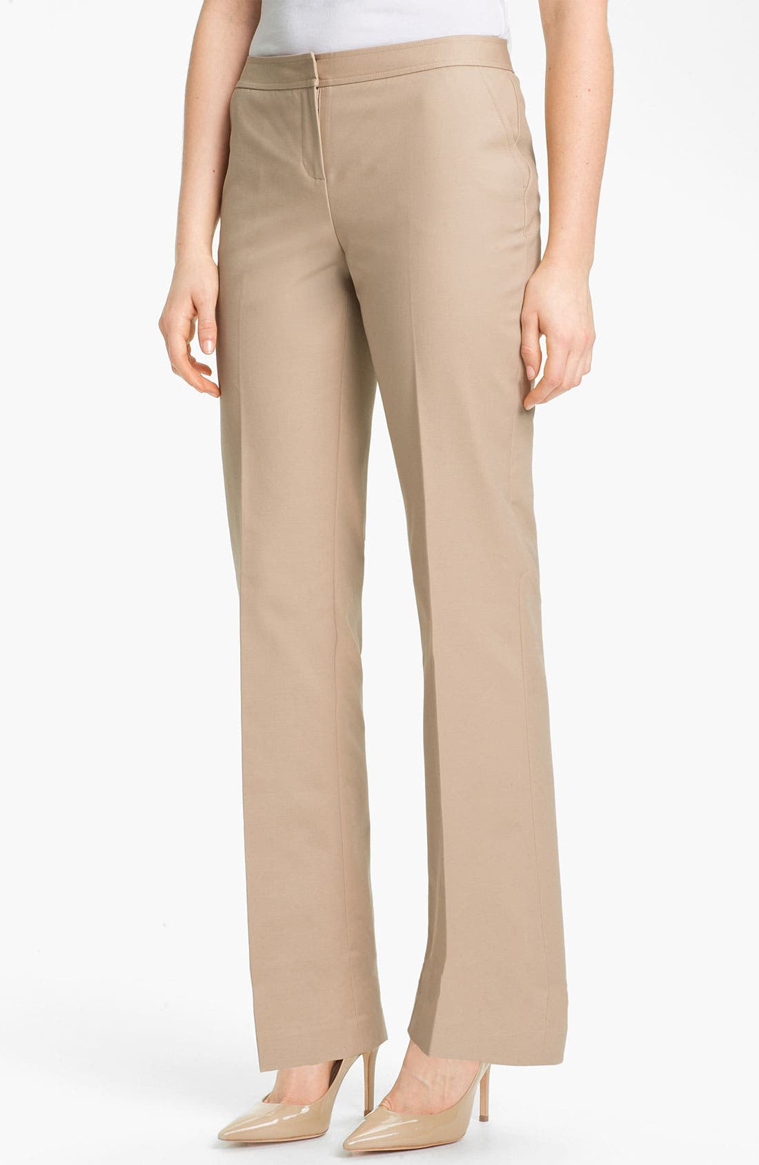 Alternate Image 1 Selected - Halogen® 'Taylor' Curvy Fit Stretch Cotton Blend Pants (Petite)