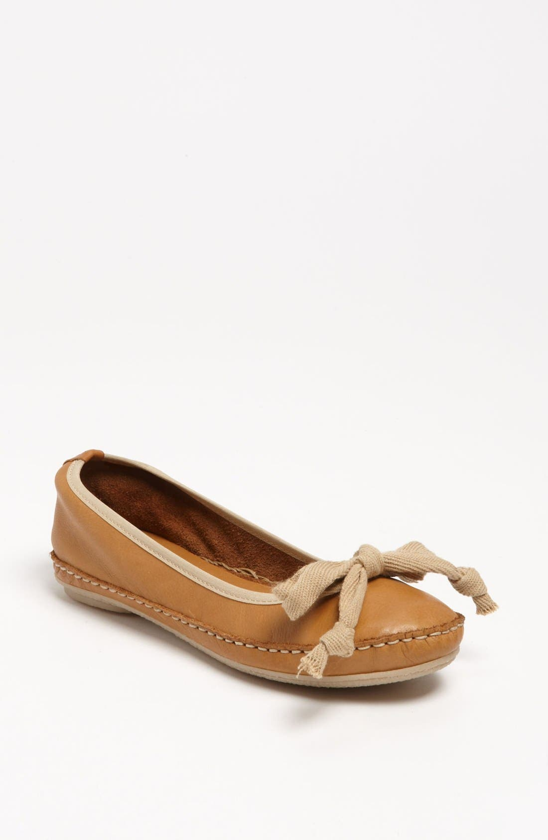 Alternate Image 1 Selected - Giove Leather Flat
