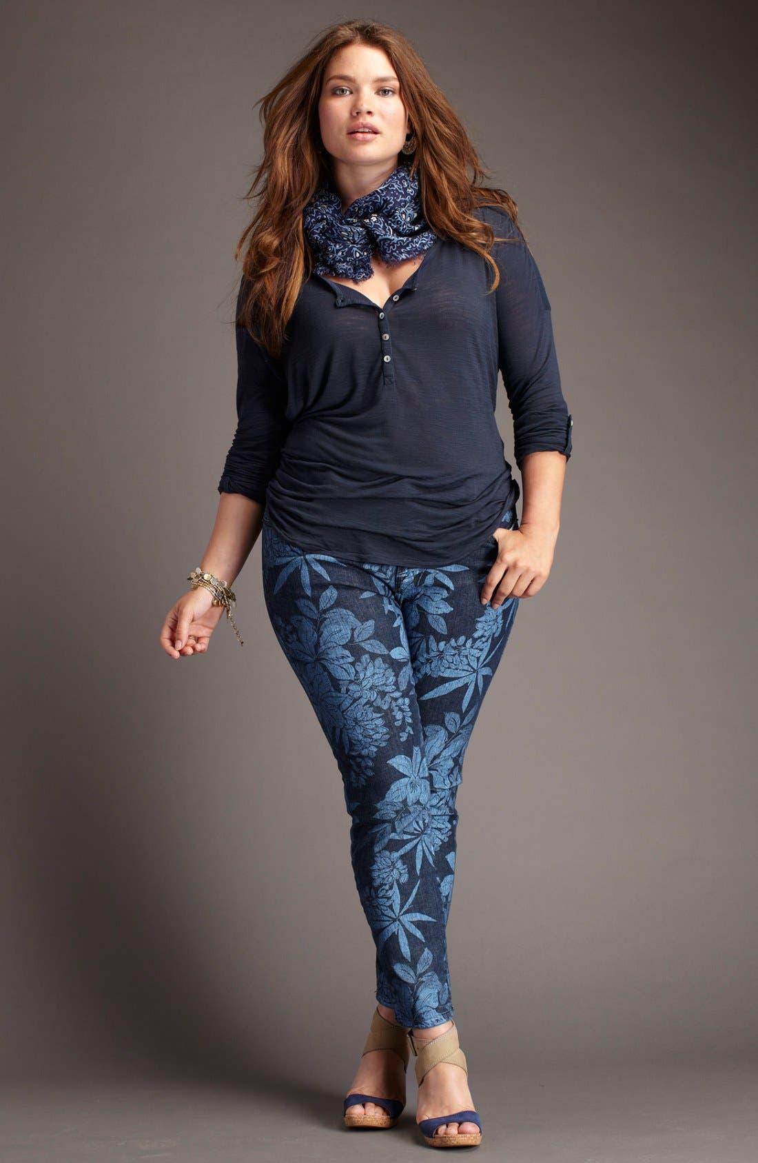 Alternate Image 4  - Lucky Brand 'Carla' Lace Trim Henley (Plus)