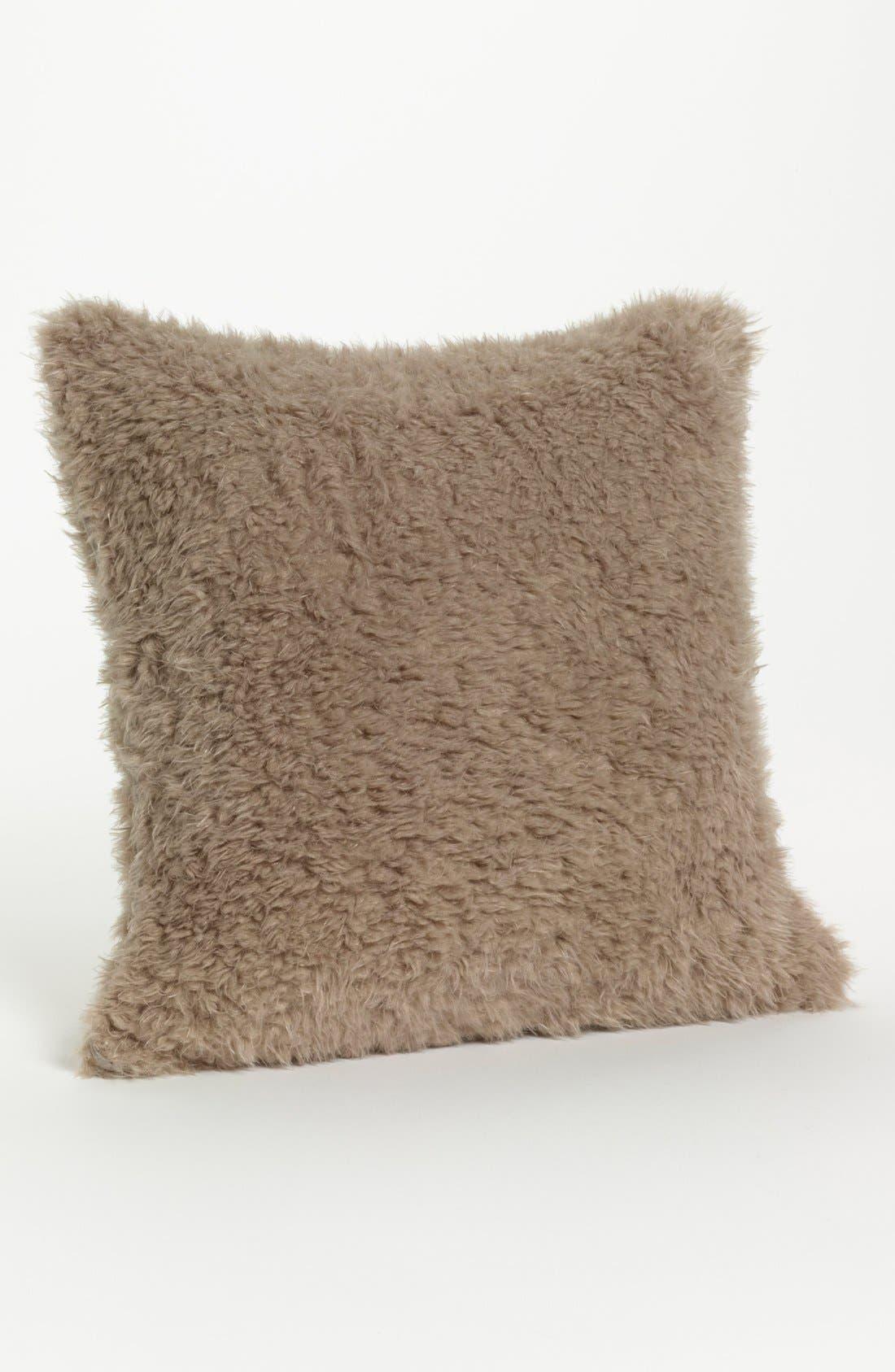 Main Image - Giraffe at Home 'Bella' Throw Pillow