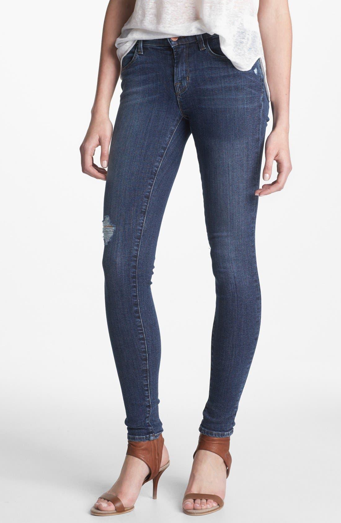 Main Image - J Brand '620' Mid-Rise Skinny Jeans (Quantum)