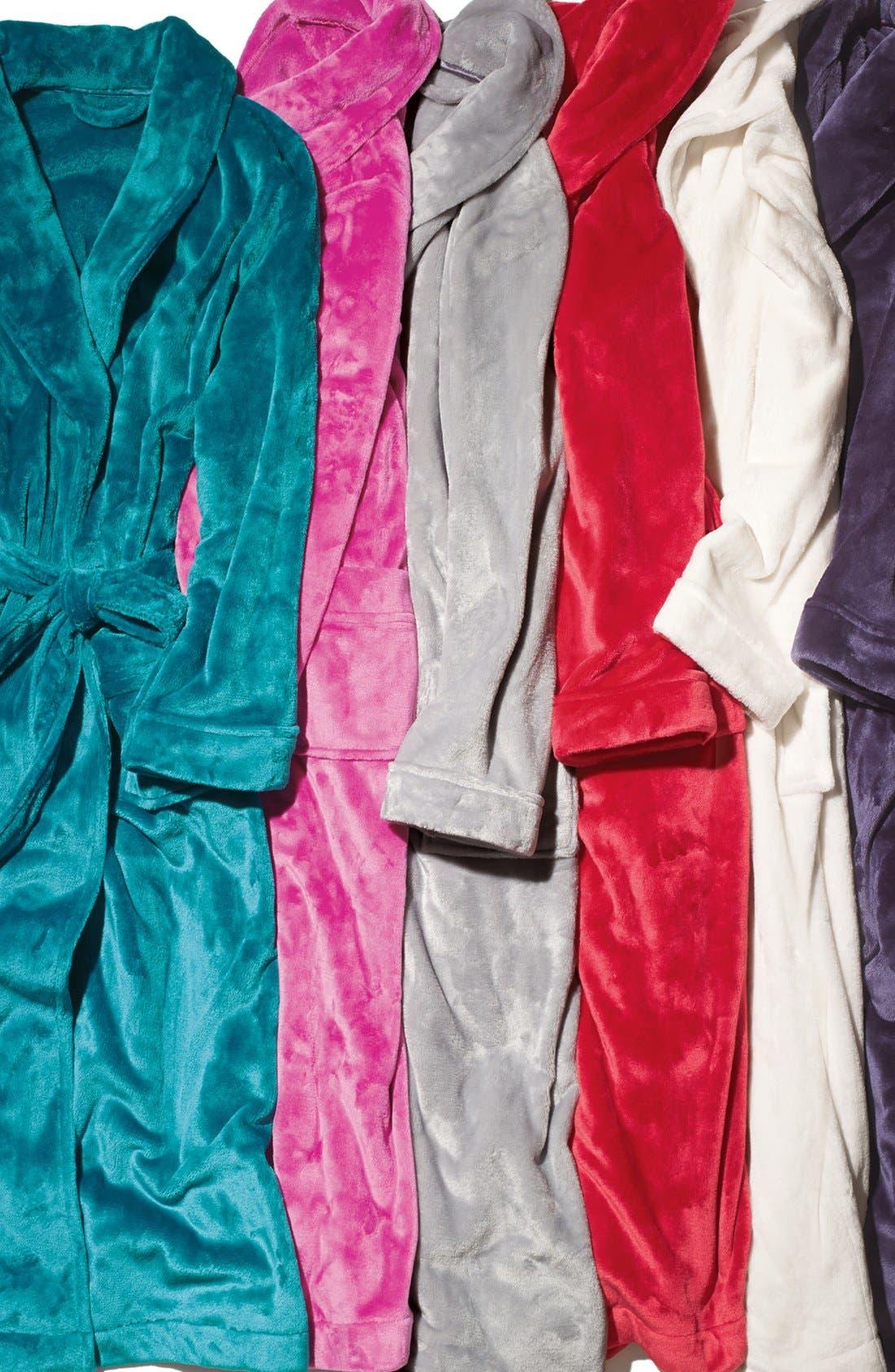 Alternate Image 3  - Nordstrom 'Powder Plush' Robe