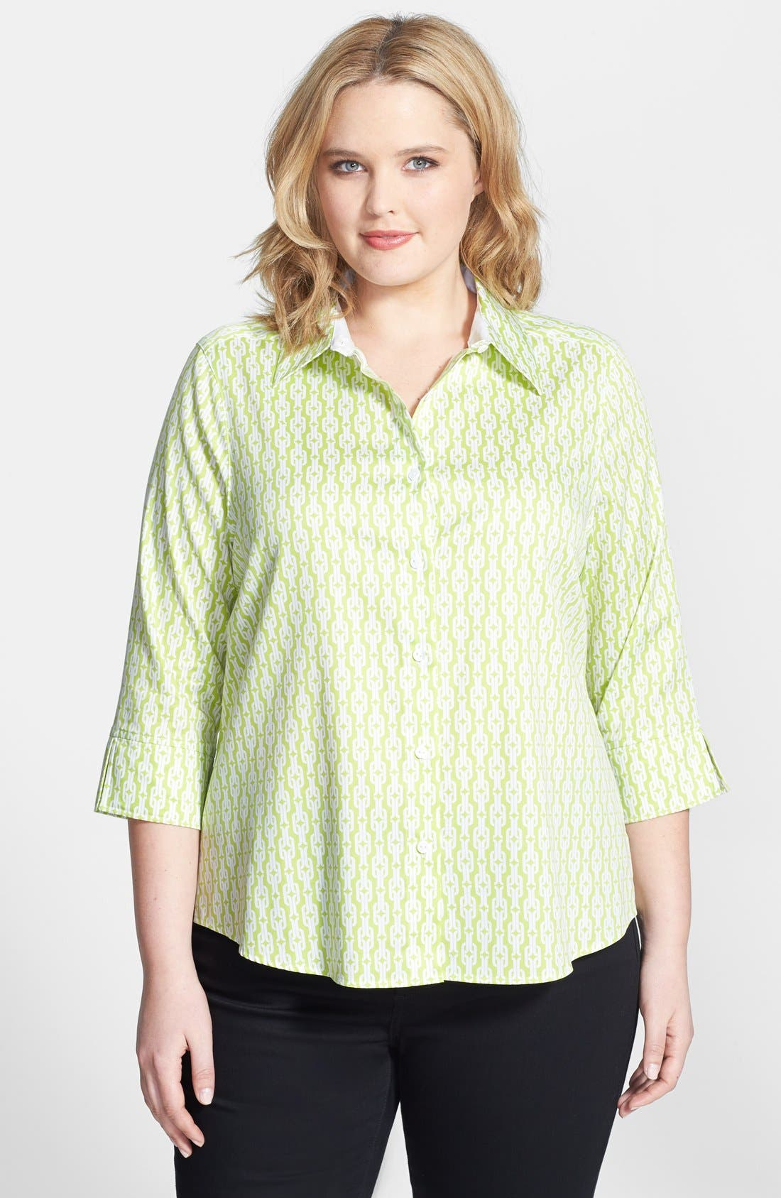 Main Image - Foxcroft Chain Link Print Shaped Non-Iron Cotton Shirt (Plus Size)