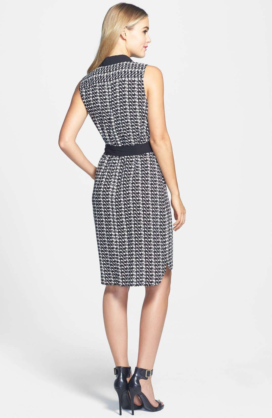 Alternate Image 2  - Two by Vince Camuto Elephant Print Sleeveless Woven Dress