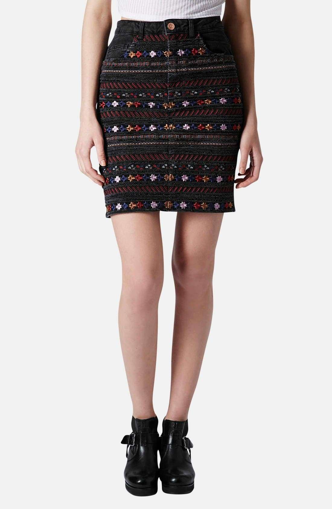 Main Image - Topshop Moto Embroidered Denim Pencil Skirt