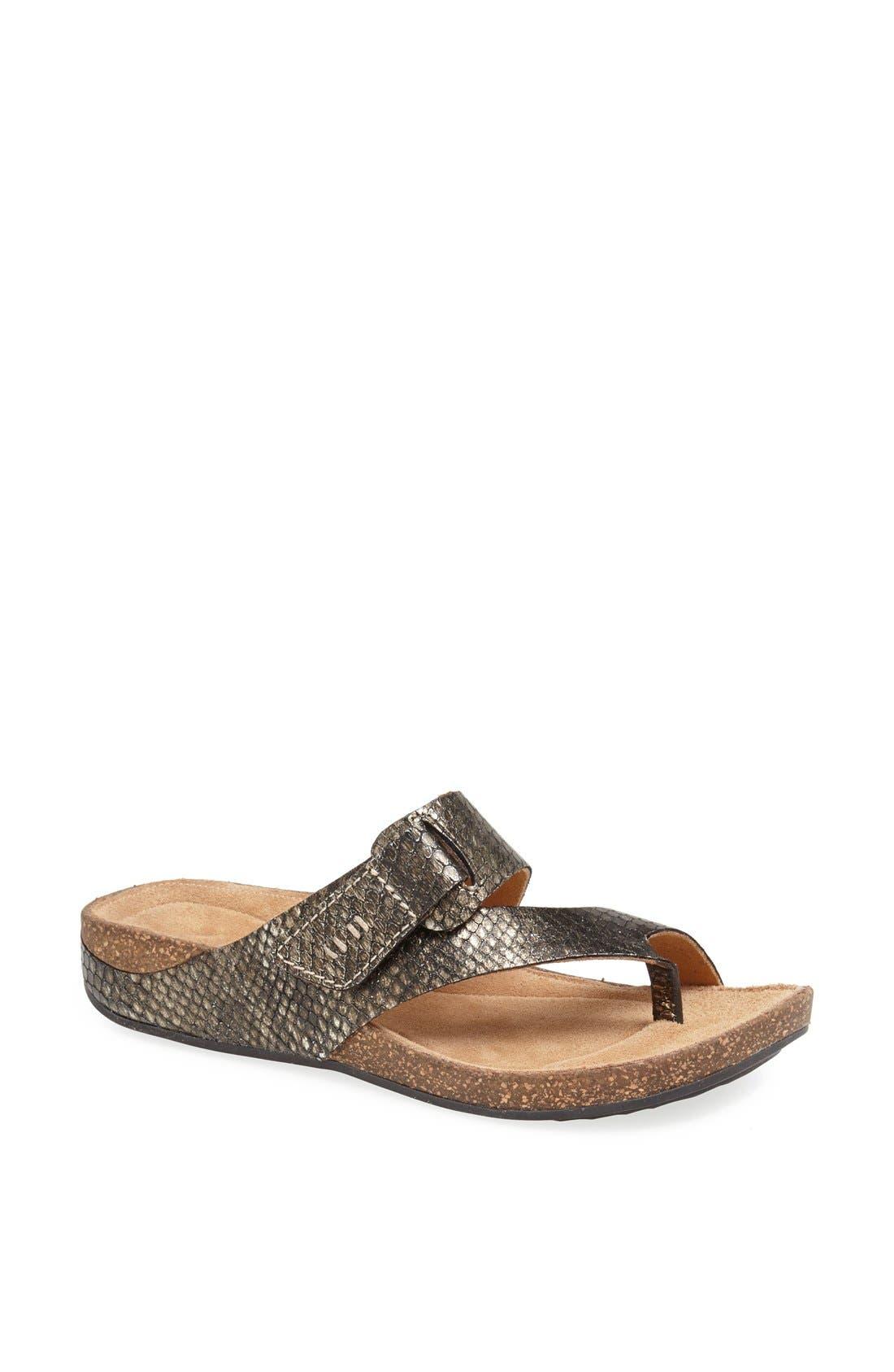 Main Image - Clarks® 'Perri Coast' Leather Thong Sandal