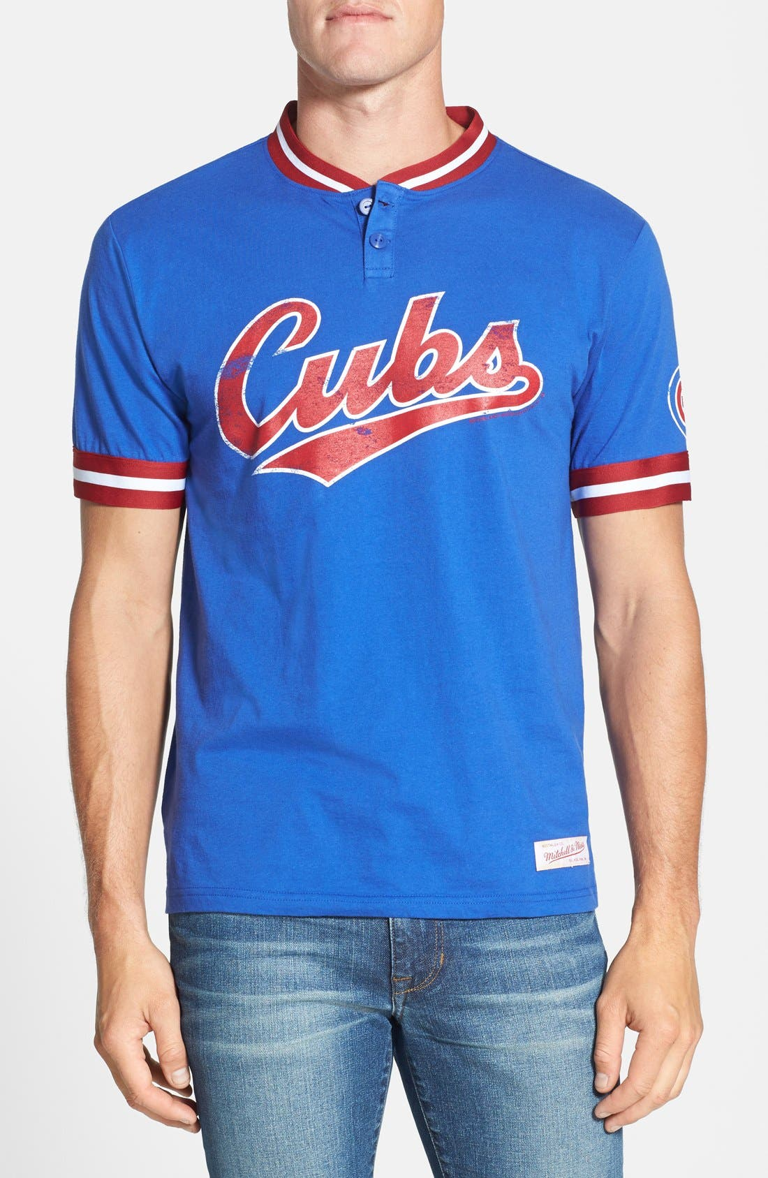 Main Image - Mitchell & Ness 'Chicago Cubs - Game Ball' Tailored Fit Short Sleeve Henley