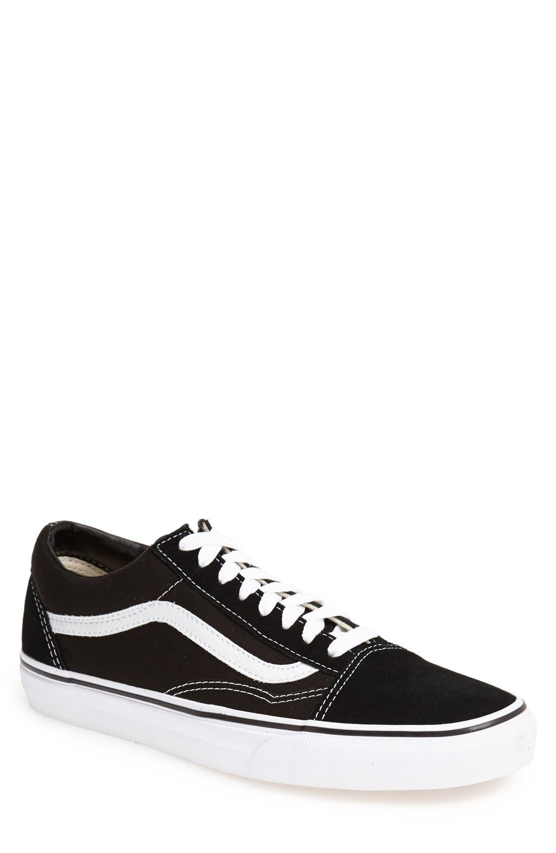 Vans 'Old Skool' Sneaker (Men)