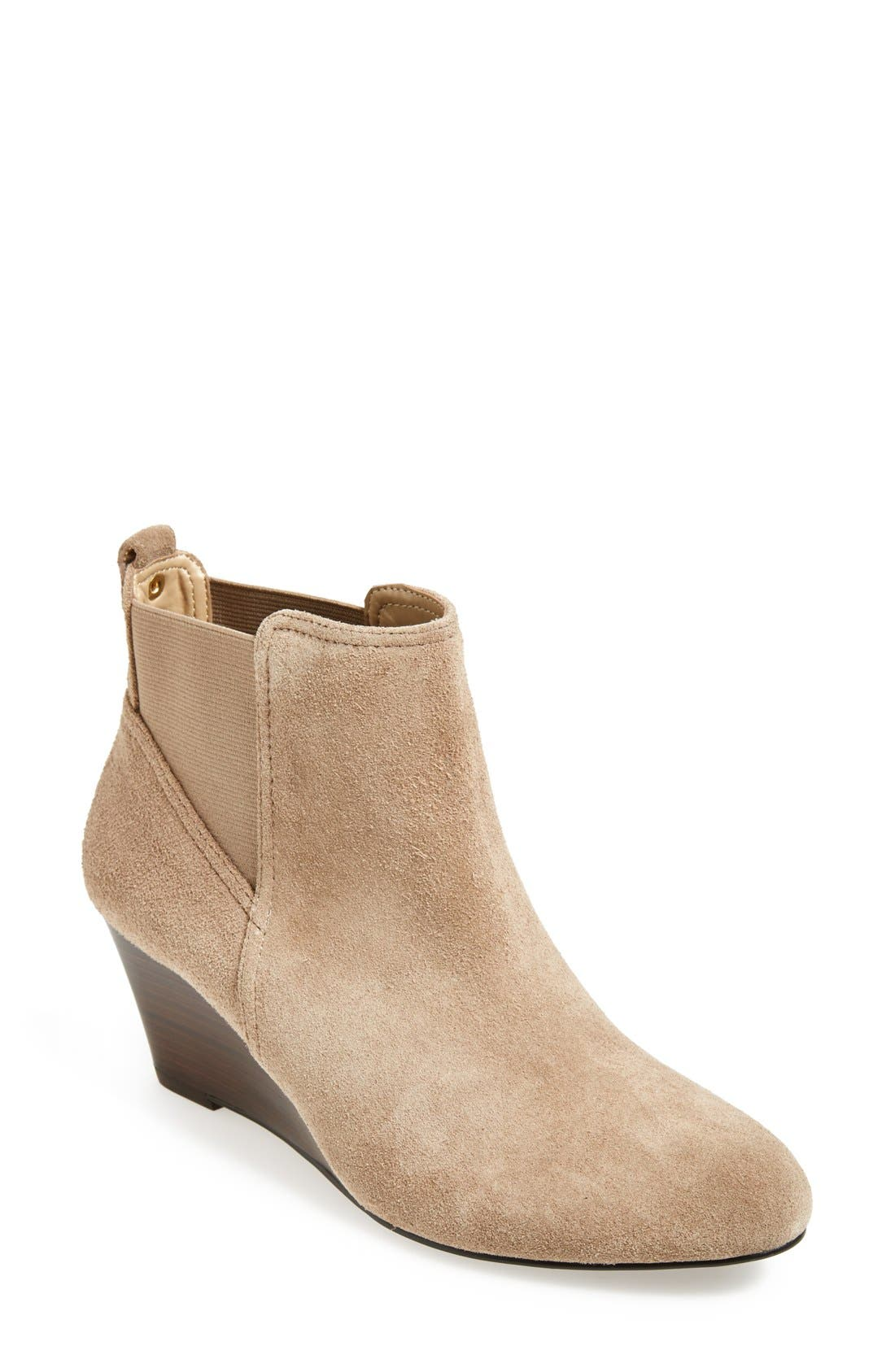 Alternate Image 1 Selected - Sole Society 'Addison' Bootie