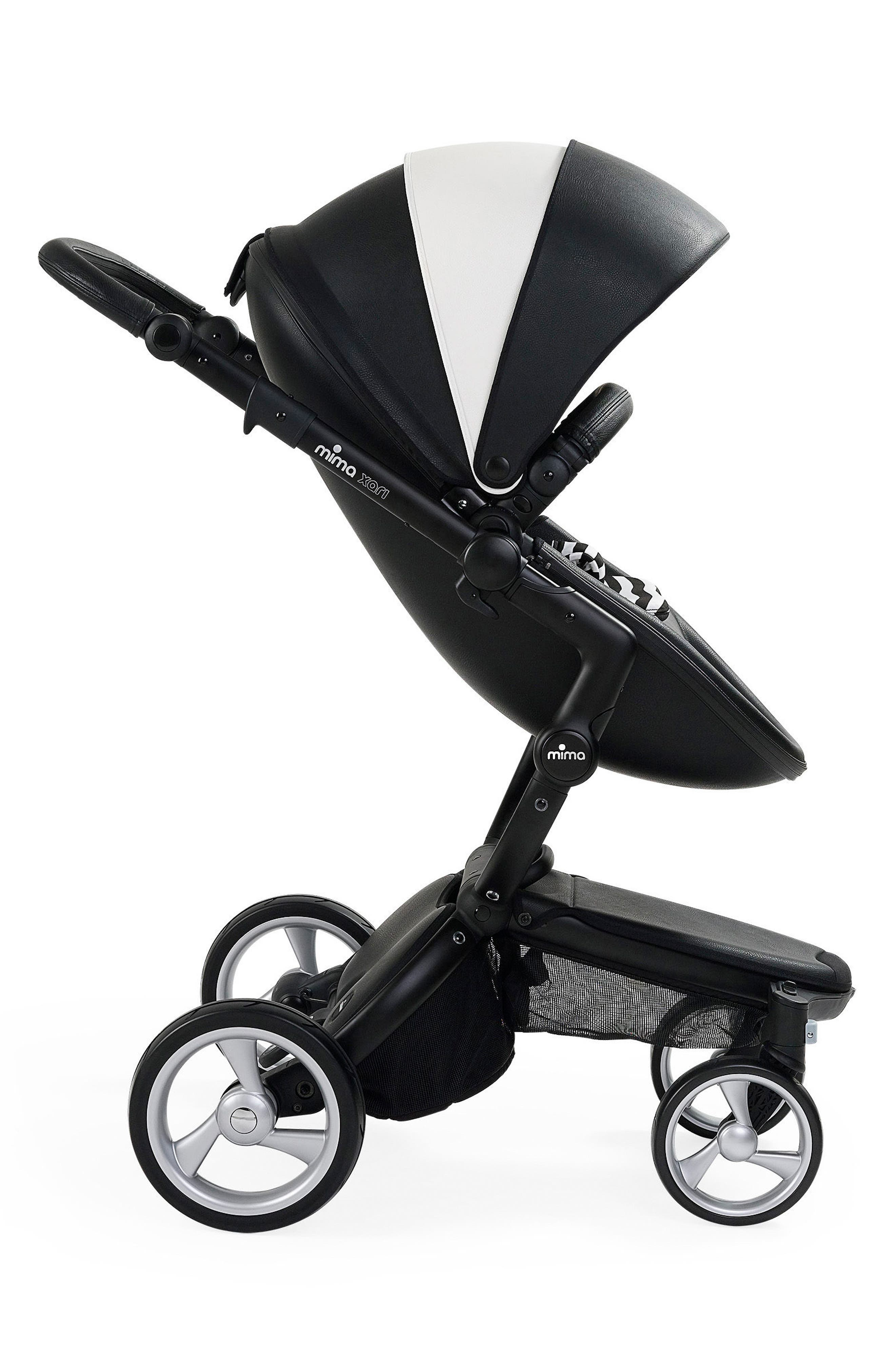 Alternate Image 2  - Mima Xari Black Chassis Stroller with Reversible Reclining Seat & Carrycot
