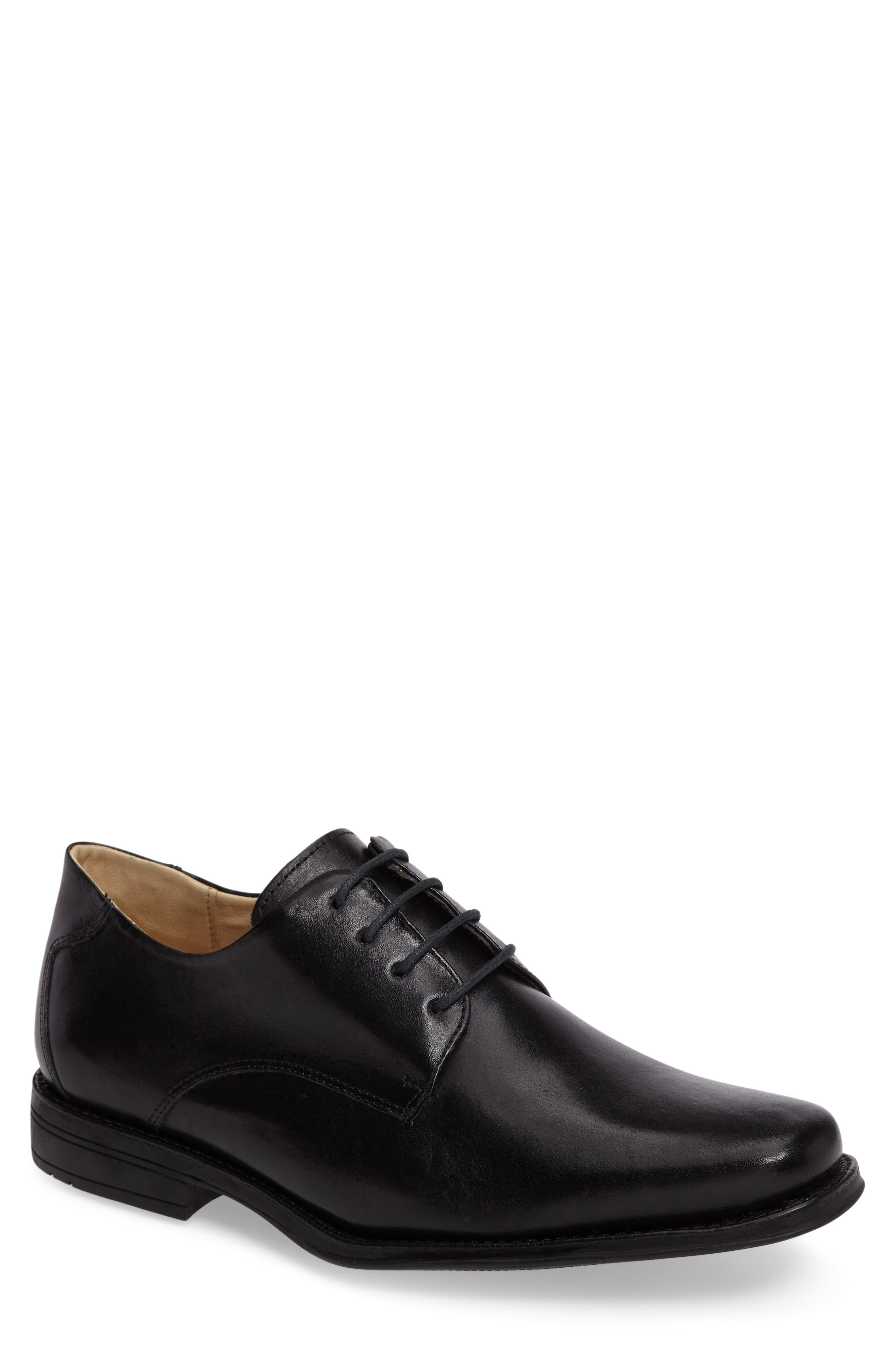 Anatomic & Co. Leme Plain Toe Derby (Men)