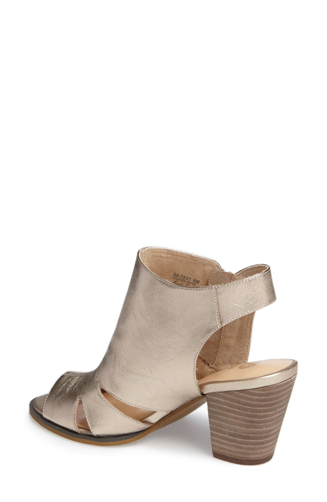 Alternate Image 2  - Bella Vita Kimmy Cutout Sandal (Women)