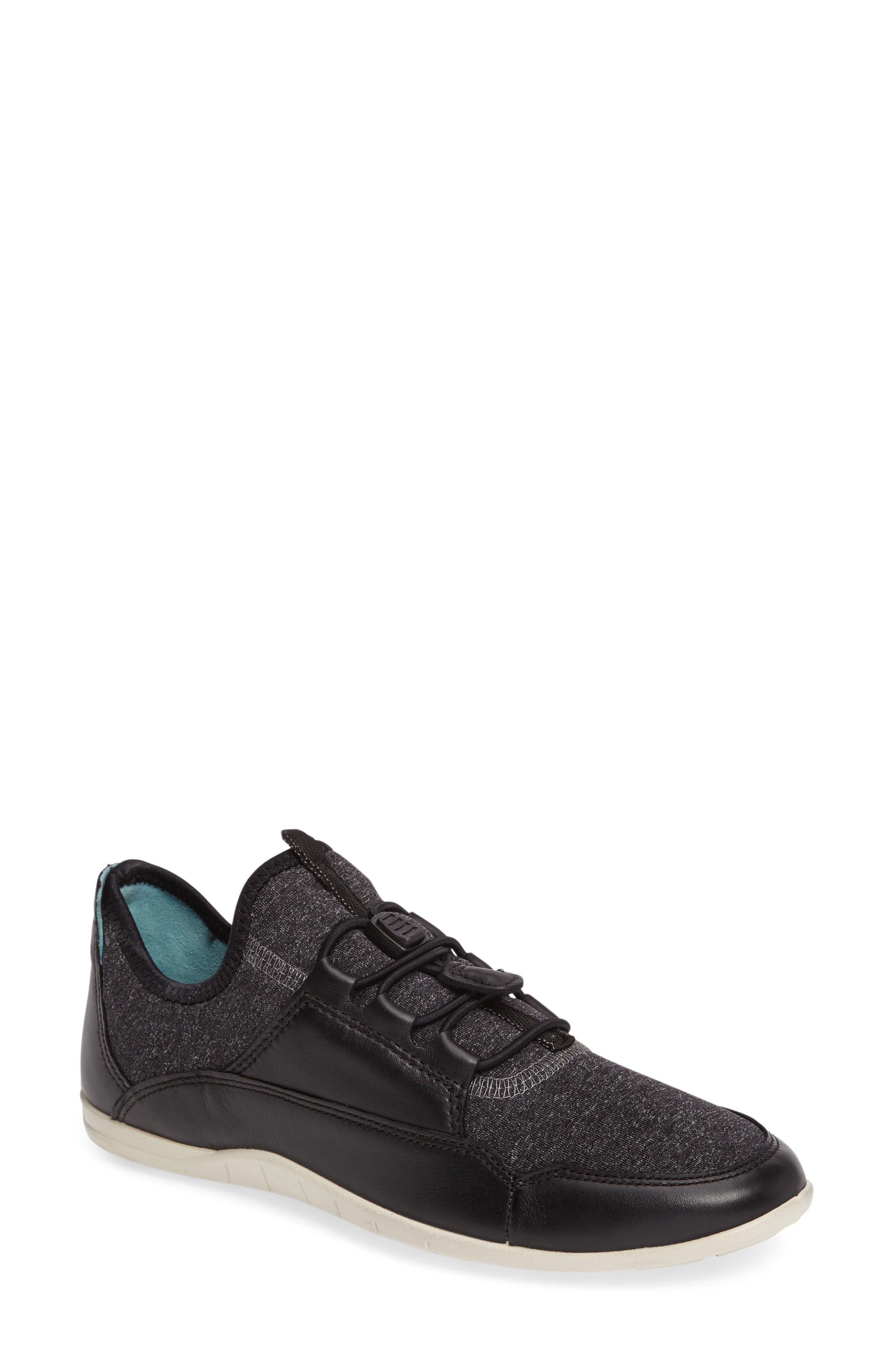 ECCO Bluma Sport Sneaker
