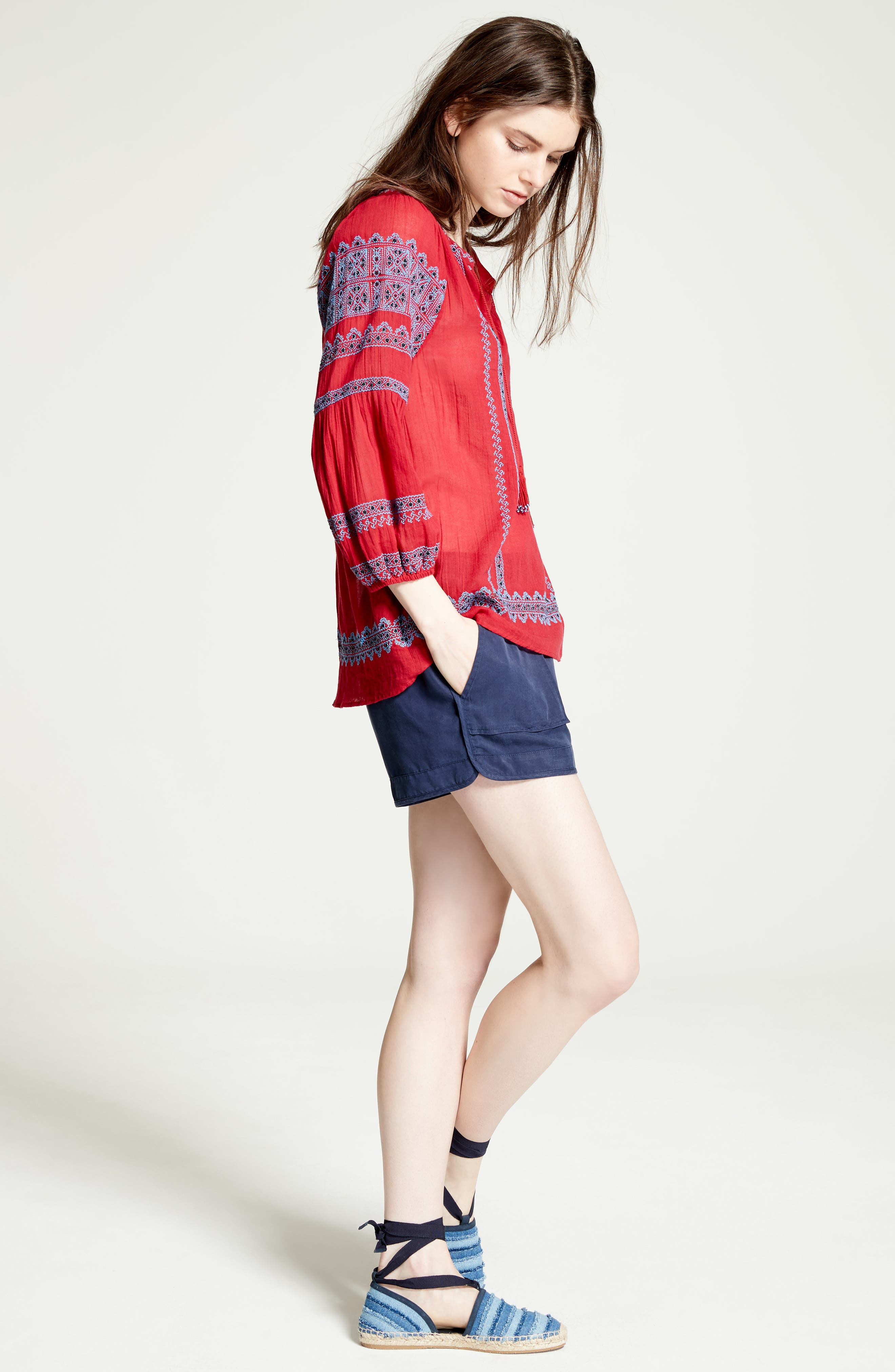 Alternate Image 2  - Joie Beso Woven Shorts