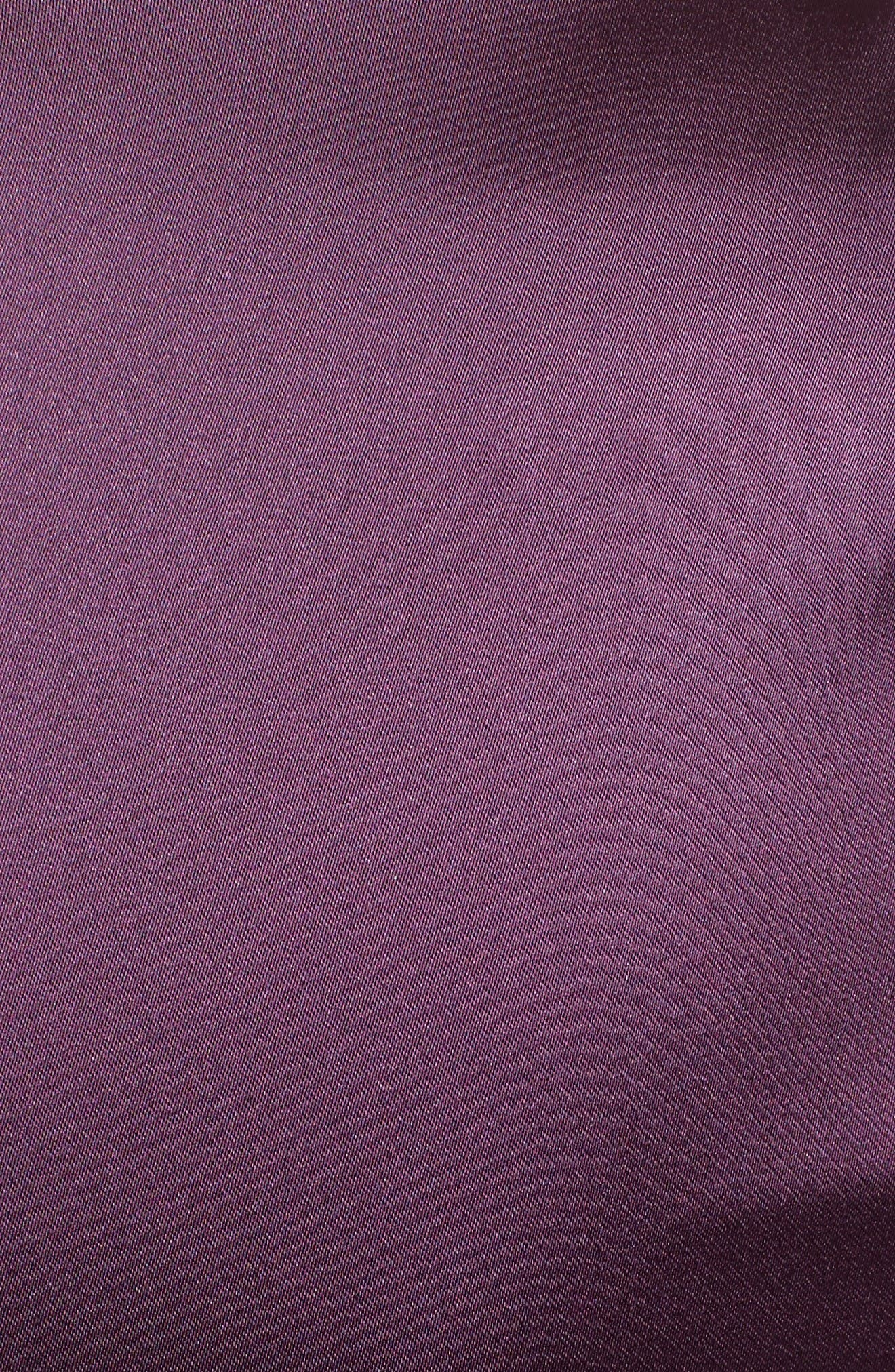 Alternate Image 3  - Talbot Runhof V-Neck Ruched Stretch Satin Column Gown
