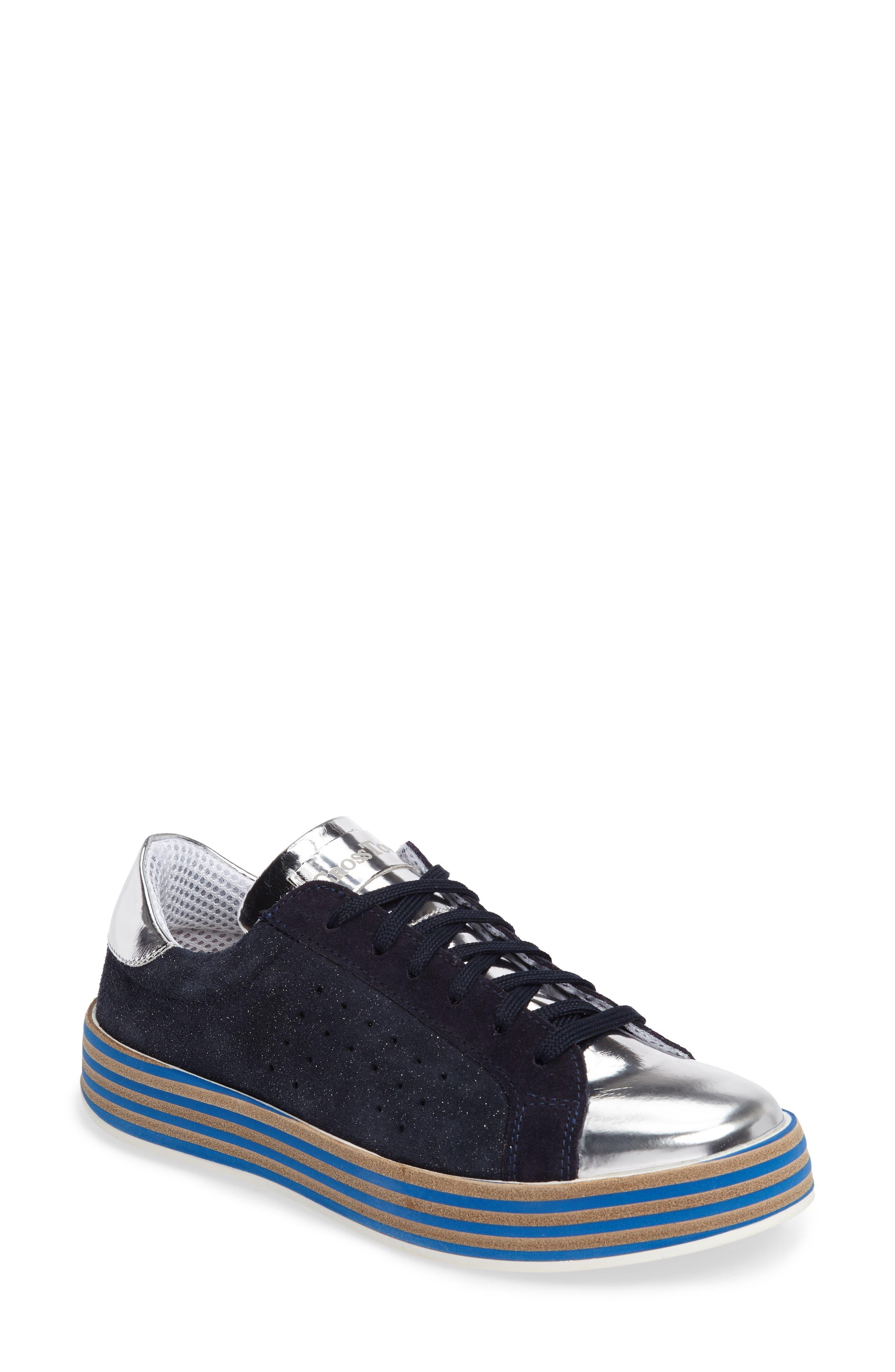 CROSSTOWN Rum Sneaker