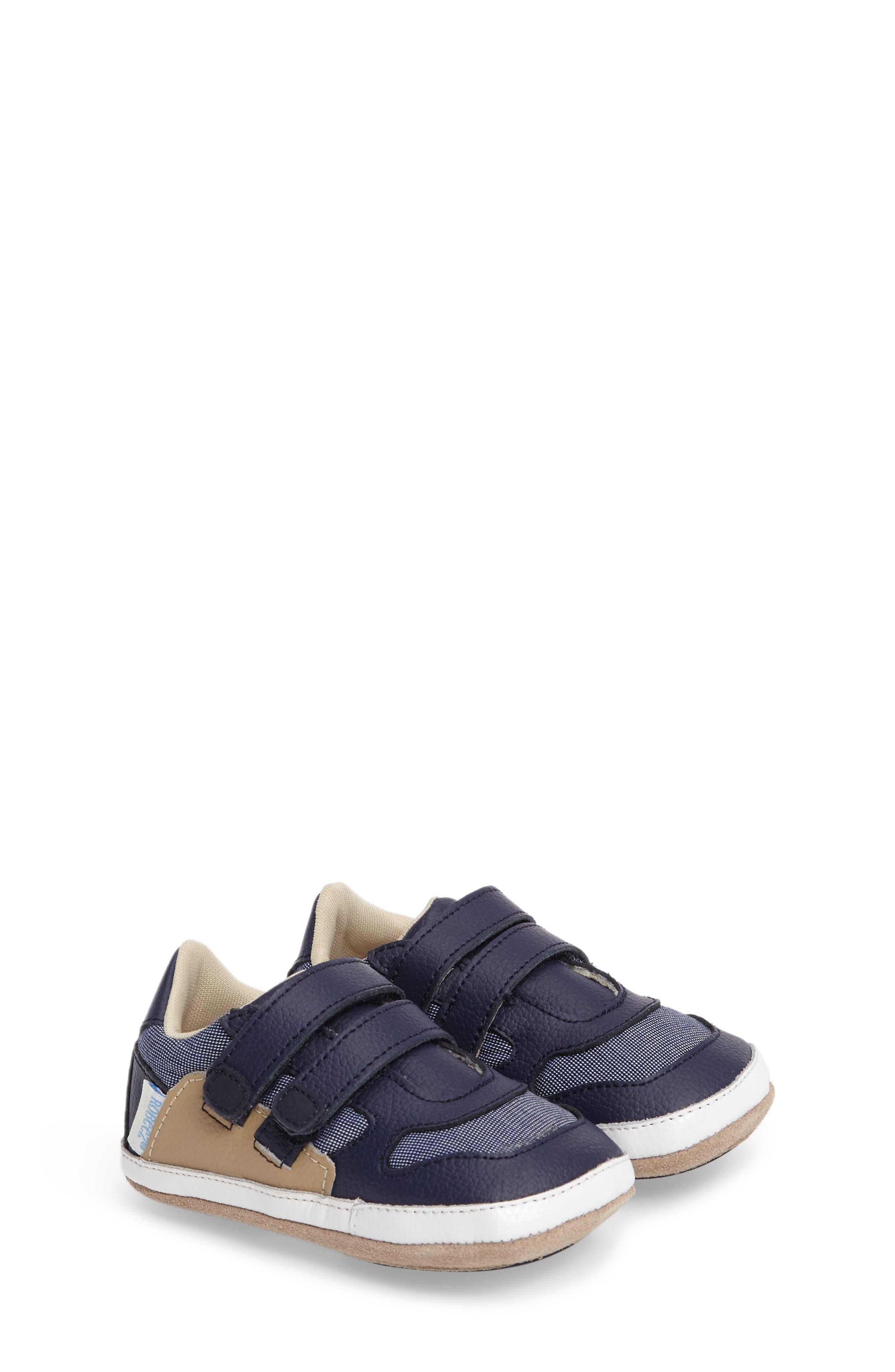 Main Image - Robeez® Jaime Crib Shoe (Baby & Walker)