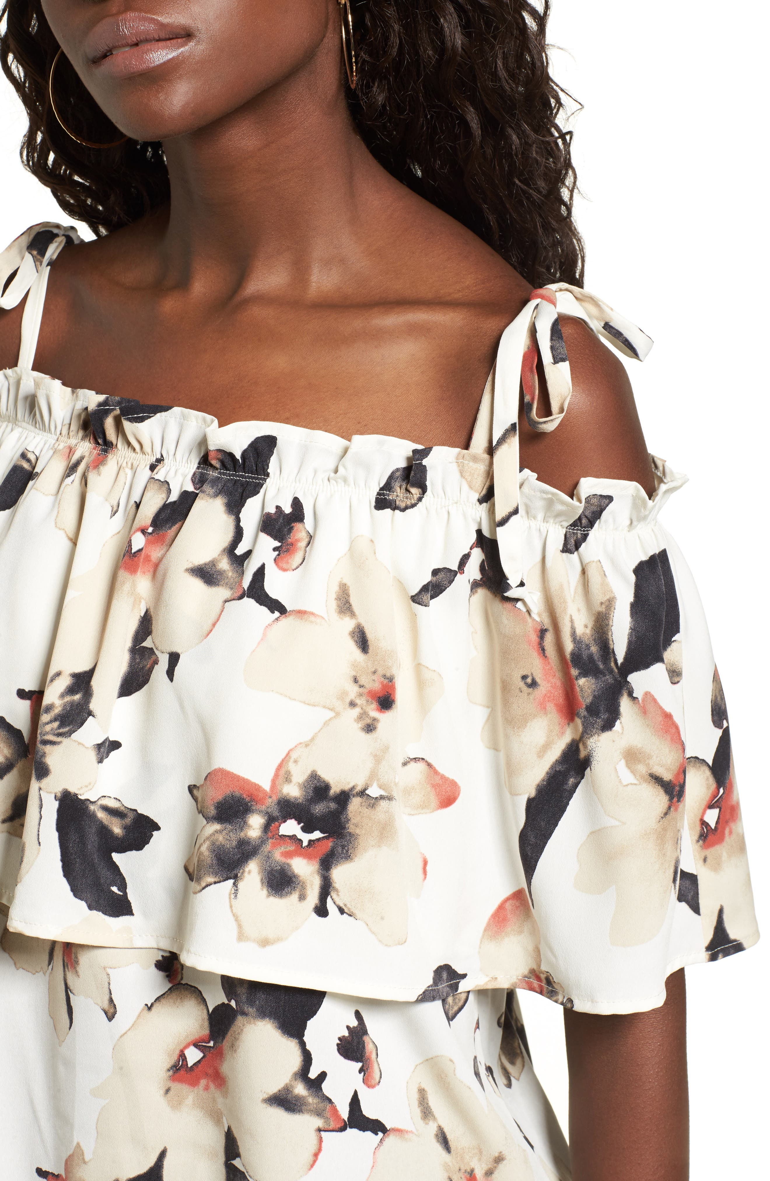 Alternate Image 4  - Leith Off the Shoulder Floral Top