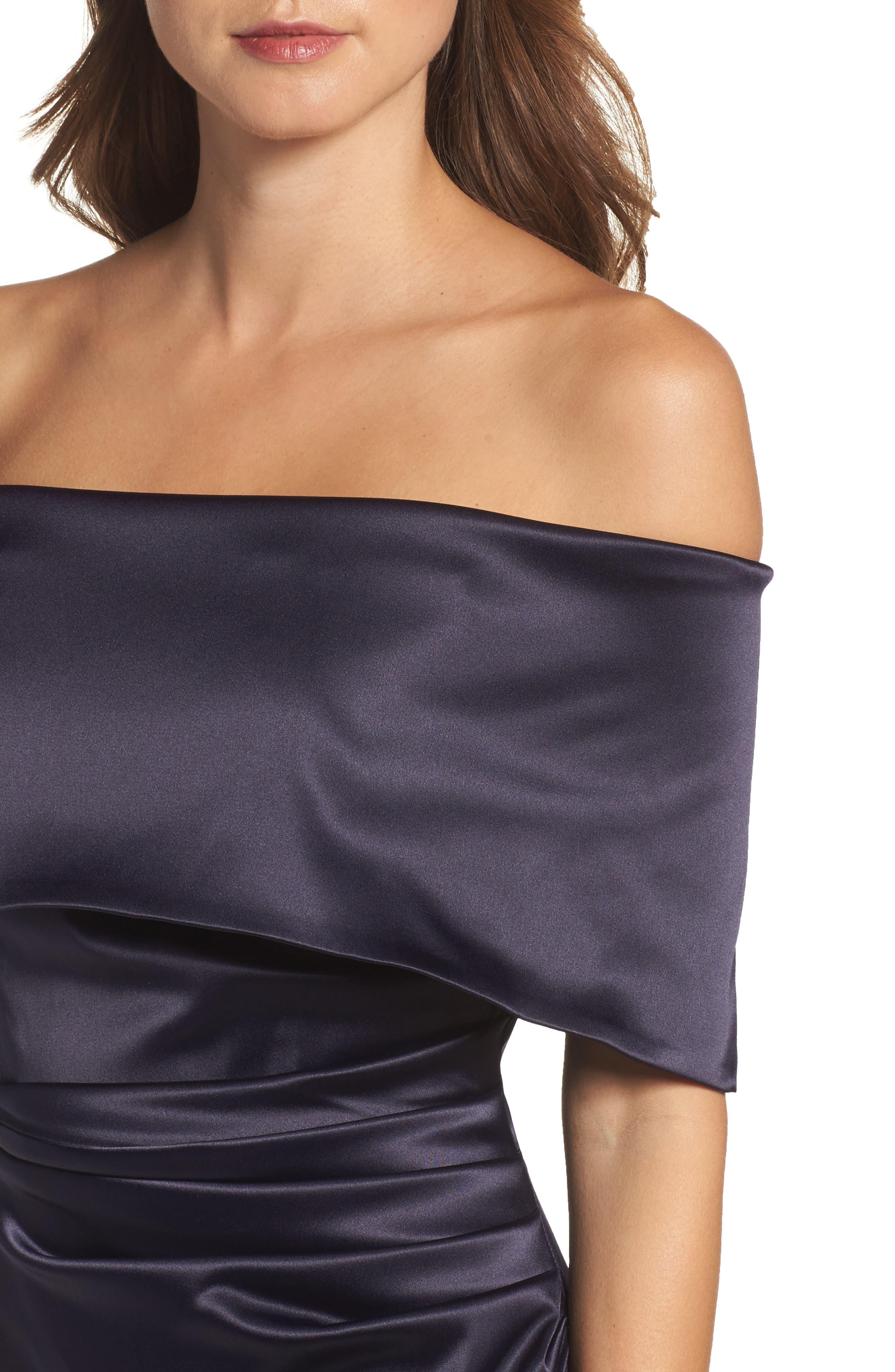 Alternate Image 4  - Vince Camuto Off the Shoulder Gown (Regular & Petite)