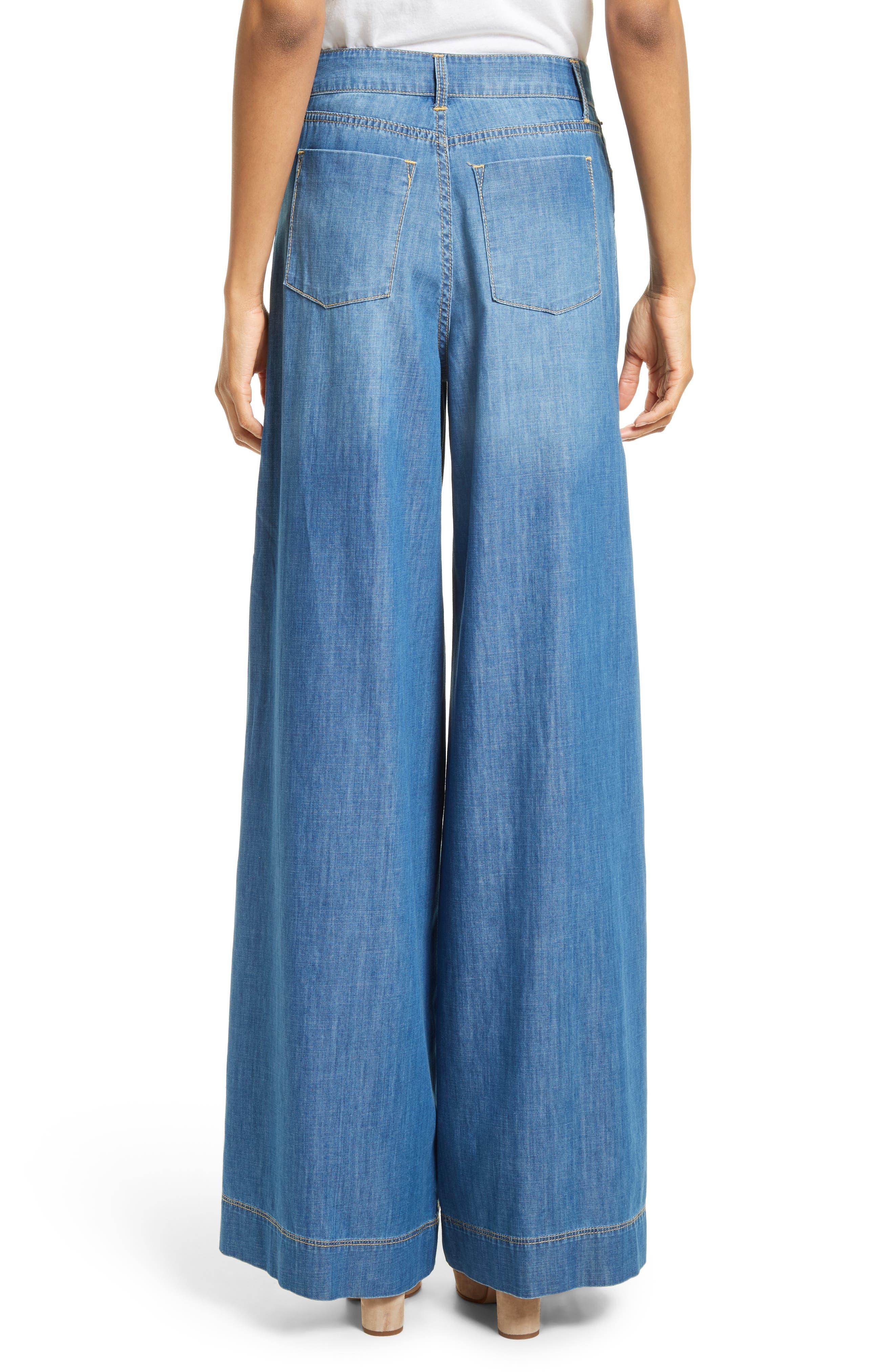 Alternate Image 2  - Alice + Olivia Clarissa Side Slit Wide Leg Jeans