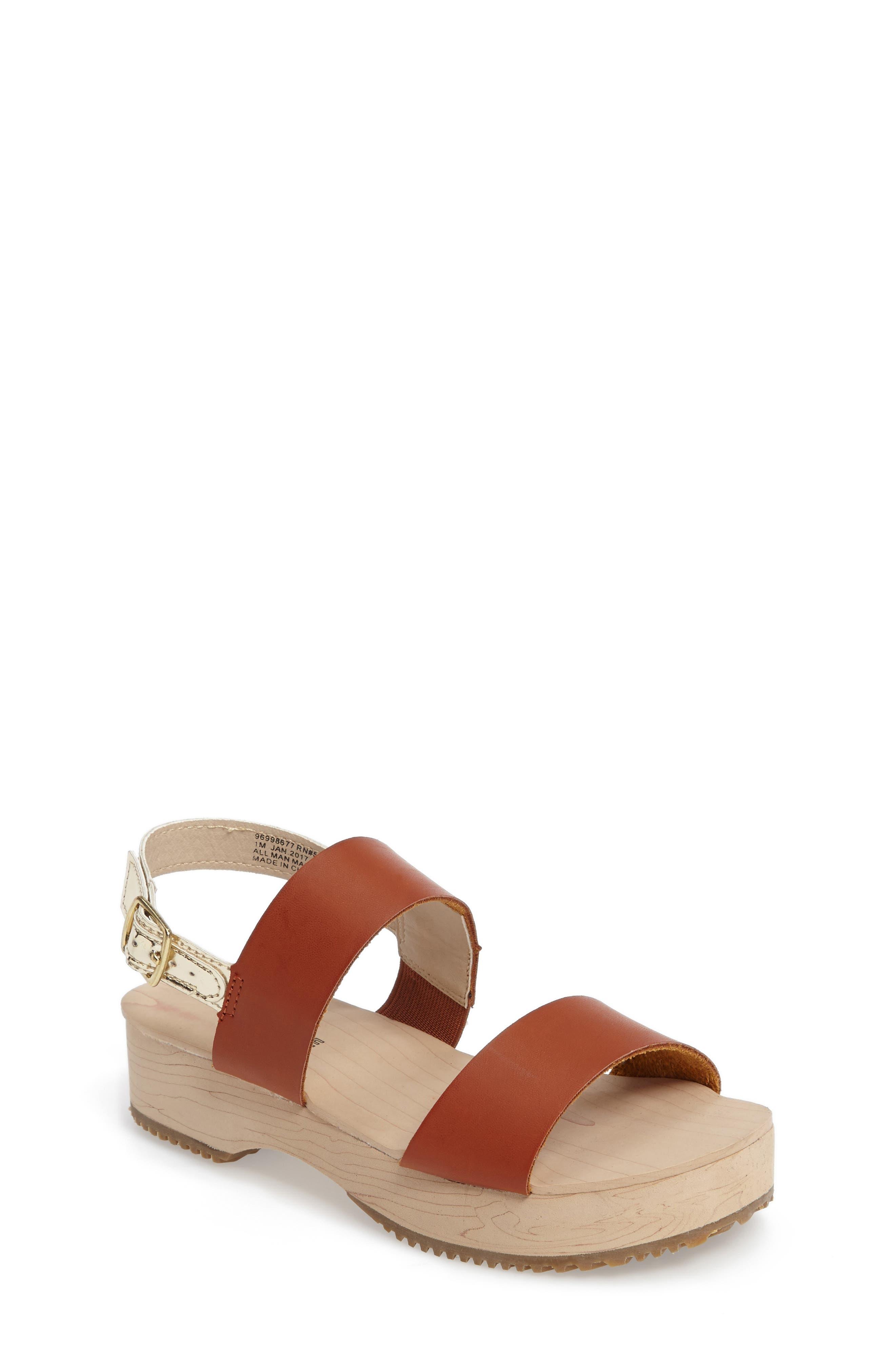 TUCKER + TATE Isabel Platform Sandal