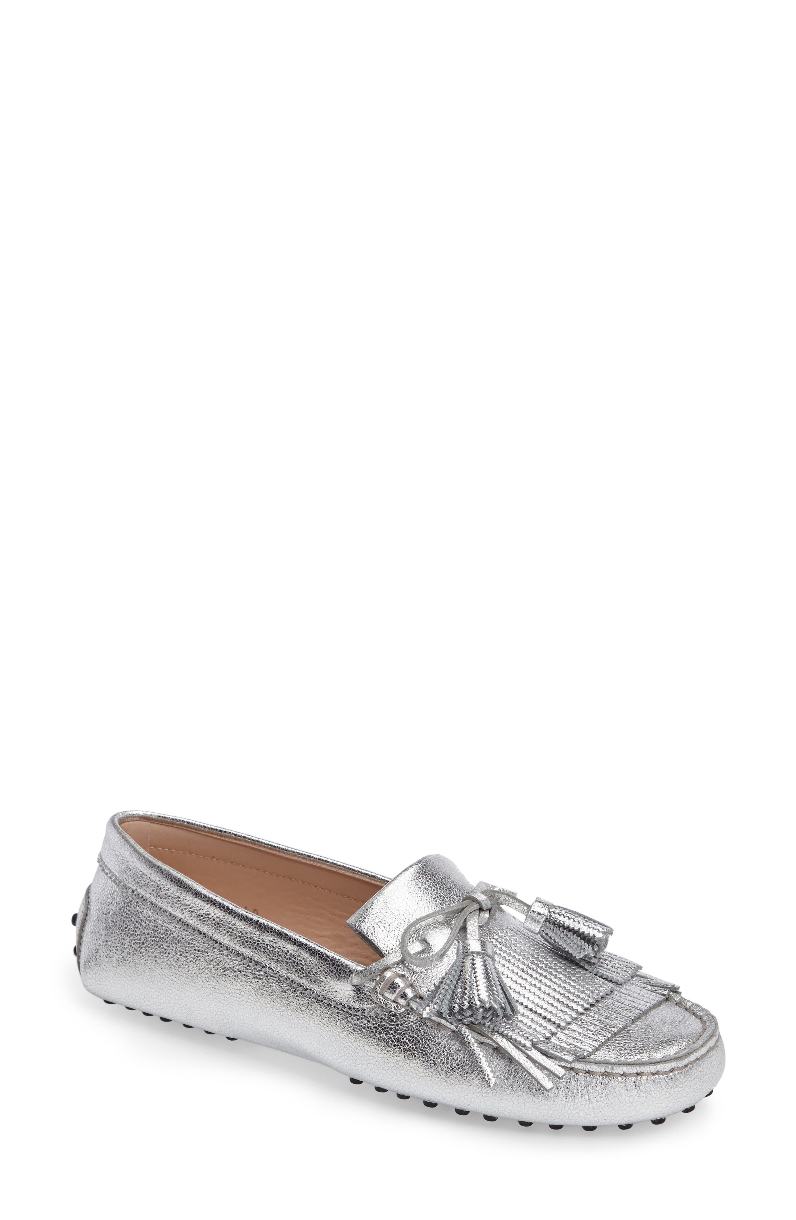 Tod's Gommino Tasseled Kiltie Driving Shoe (Women)