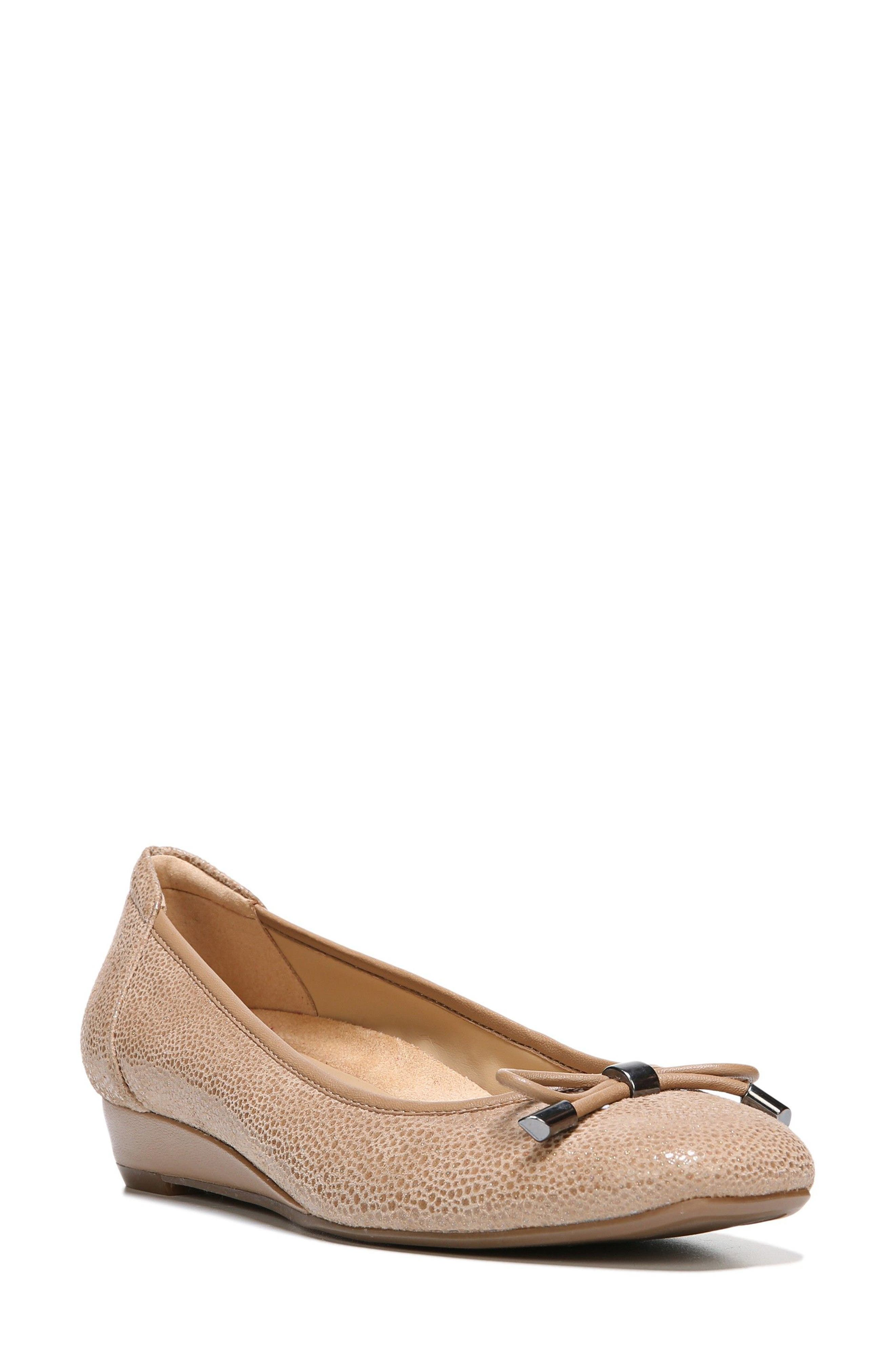 Alternate Image 1 Selected - Naturalizer 'Dove' Wedge (Women)