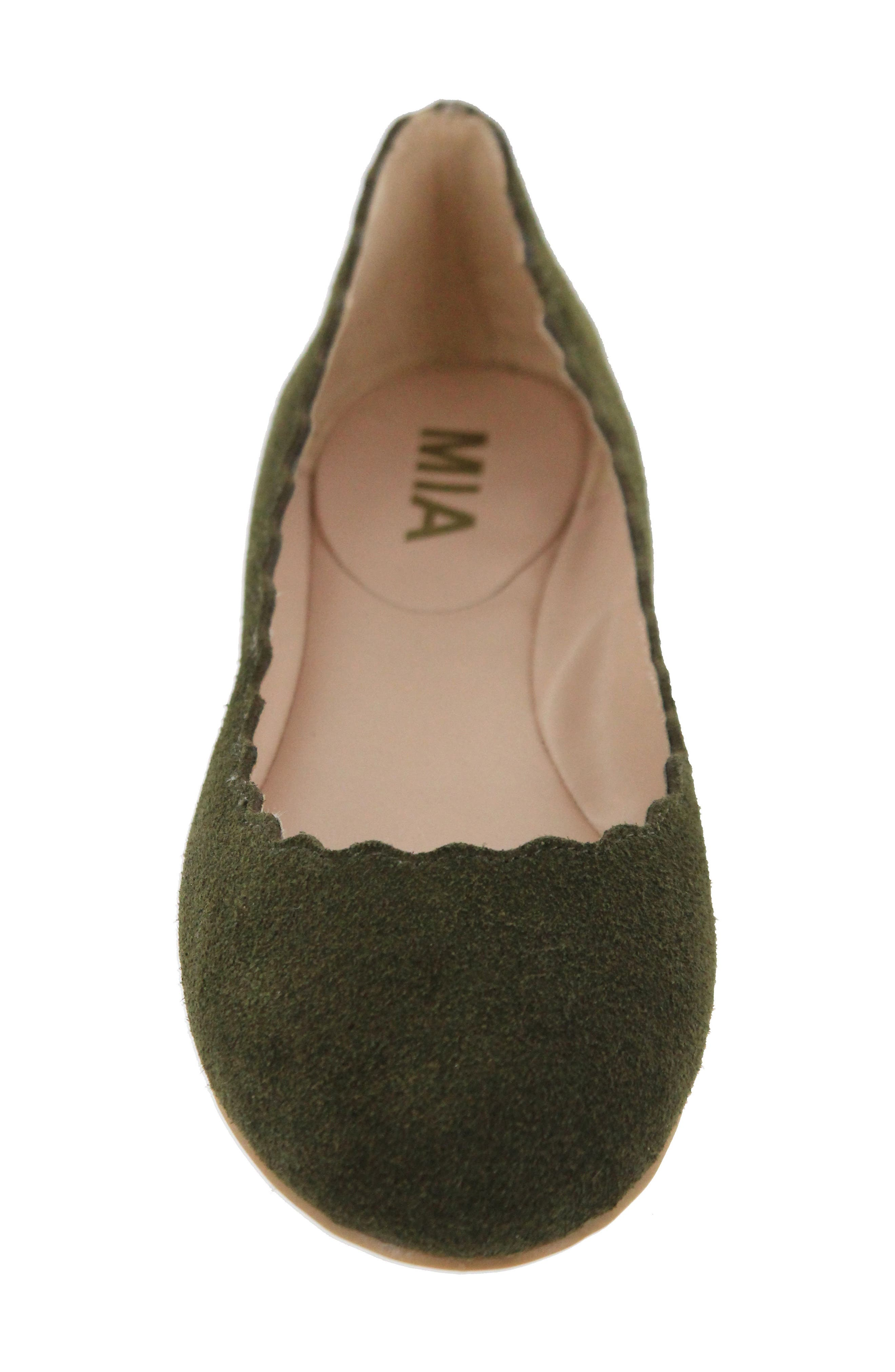 Gianna Scalloped Flat,                             Alternate thumbnail 4, color,                             Olive