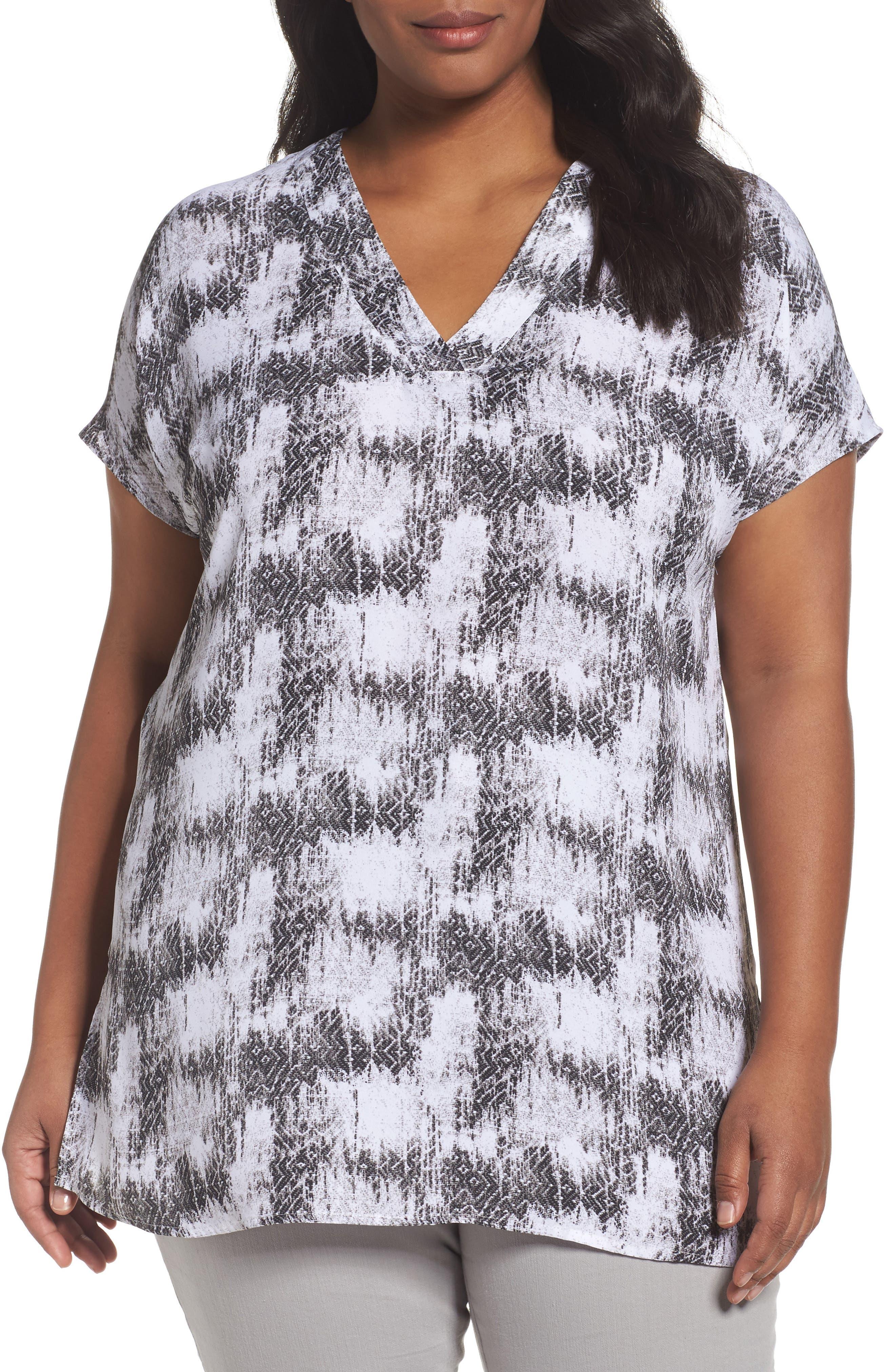 Sejour Short Sleeve V-Neck Tunic Top (Plus Size)